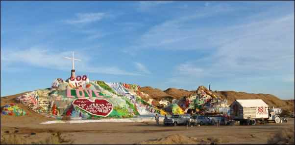 folk art salvation mountain