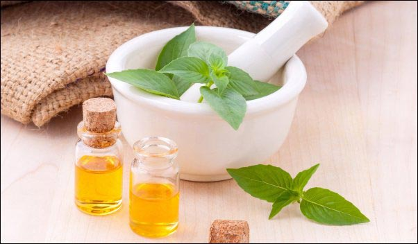 herbal tinctures , how to make herbal tinctures, best type of alcohol for herbal tinctures, types of herbal tinctures, herbal menstruum, herbal solvent