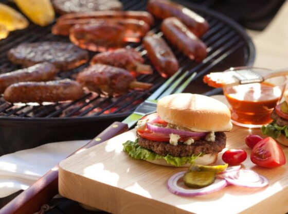 How to Make the Best Burgers, best burgers, backyard cookout, homemade hamburgers, homemade condiments
