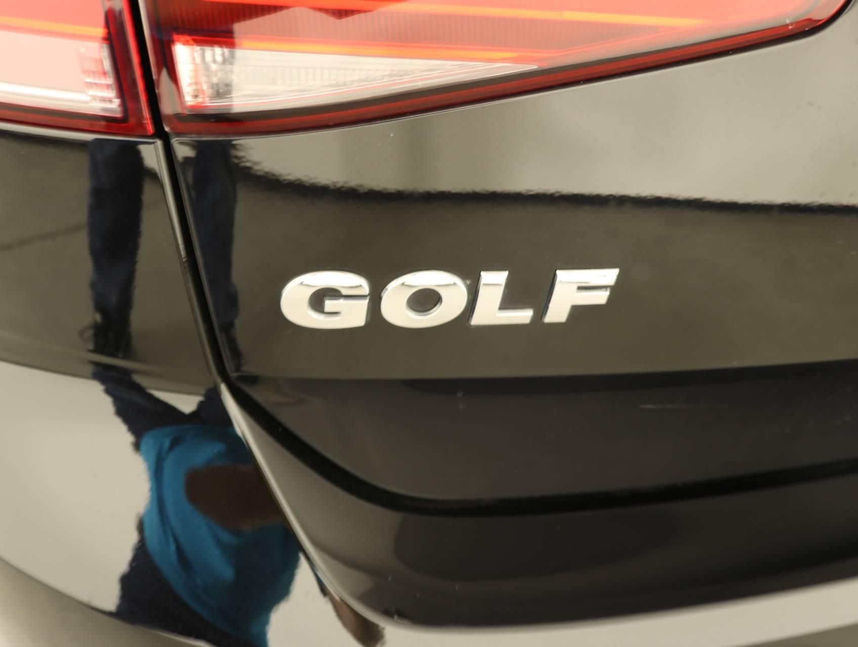 used vehicle - Hatchback VOLKSWAGEN GOLF 2017