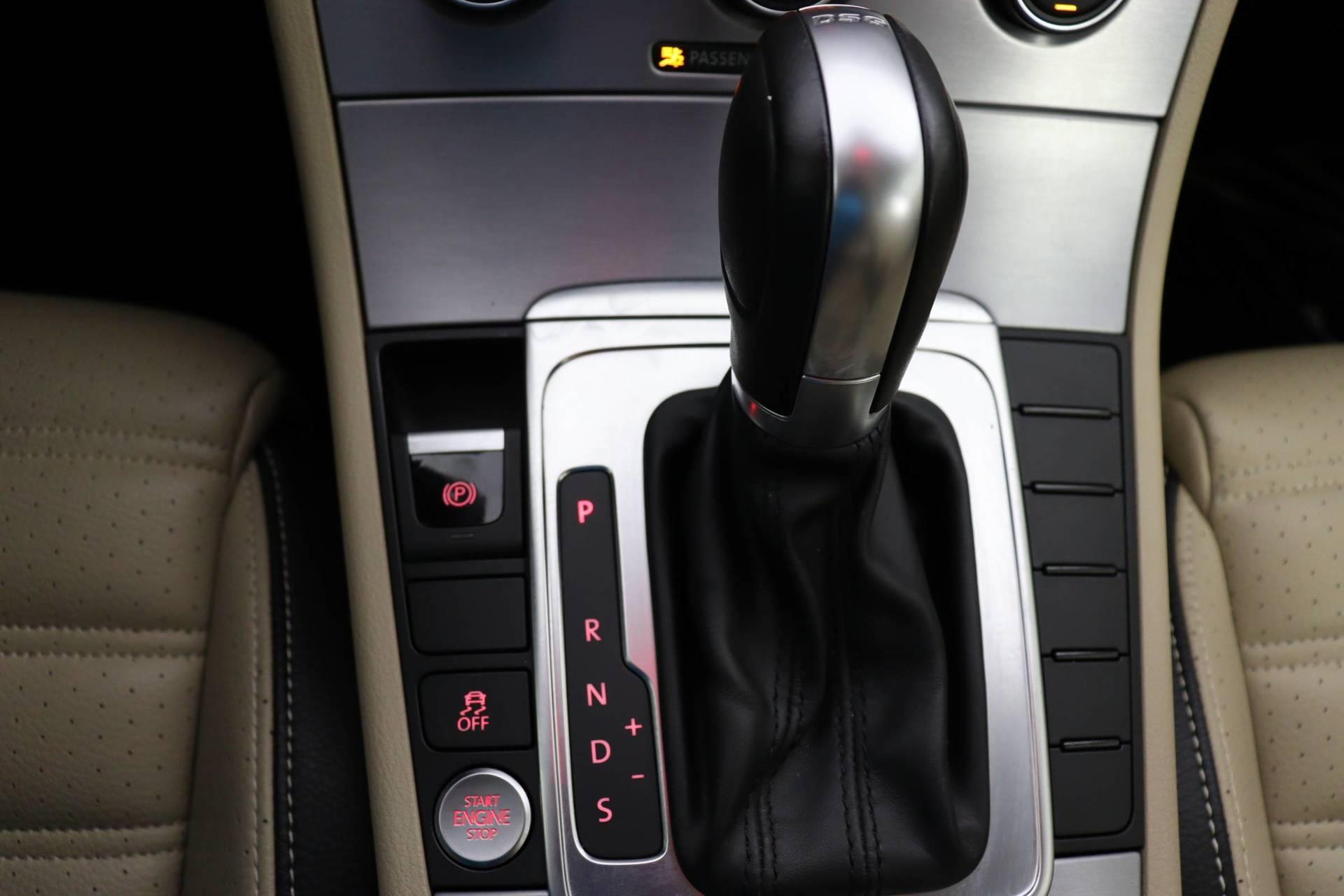 used vehicle - Sedan VOLKSWAGEN CC 2017