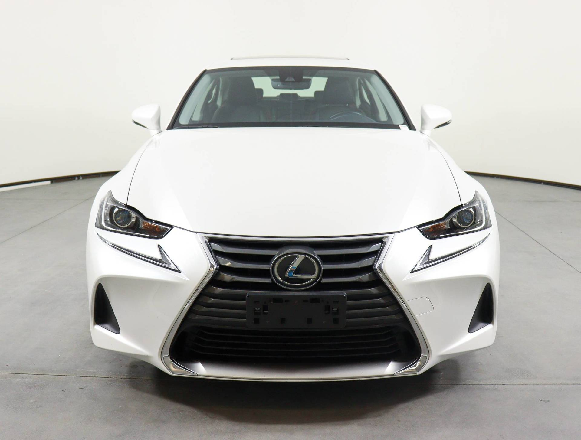 used vehicle - Sedan LEXUS IS 2018