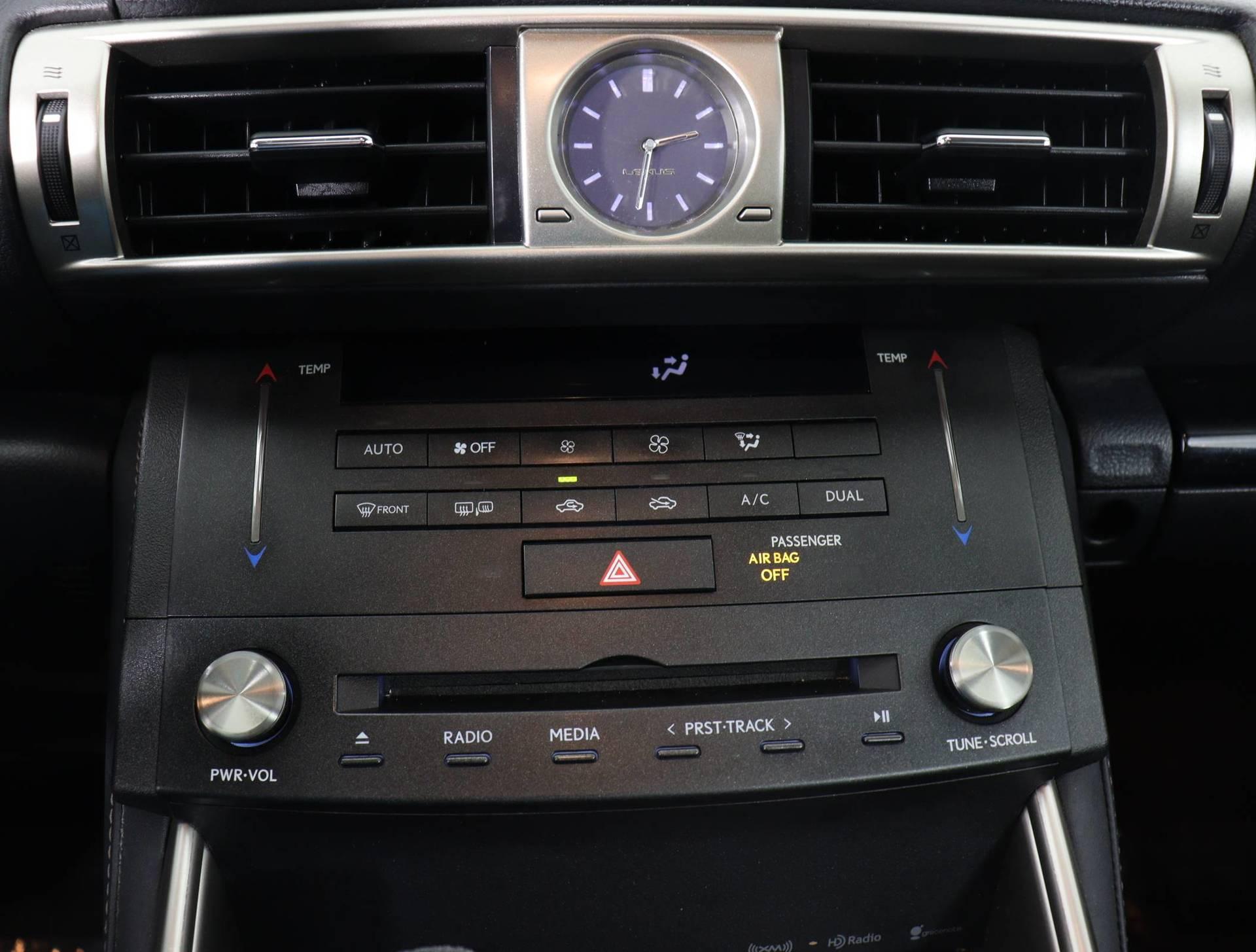 used vehicle - Sedan LEXUS IS 250 2015