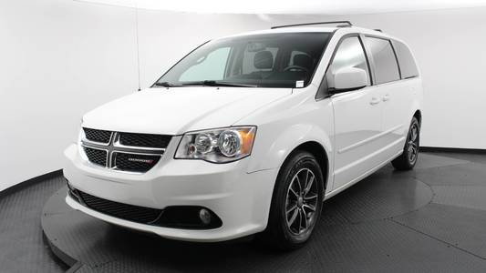Used DODGE GRAND-CARAVAN 2017 MARGATE SXT