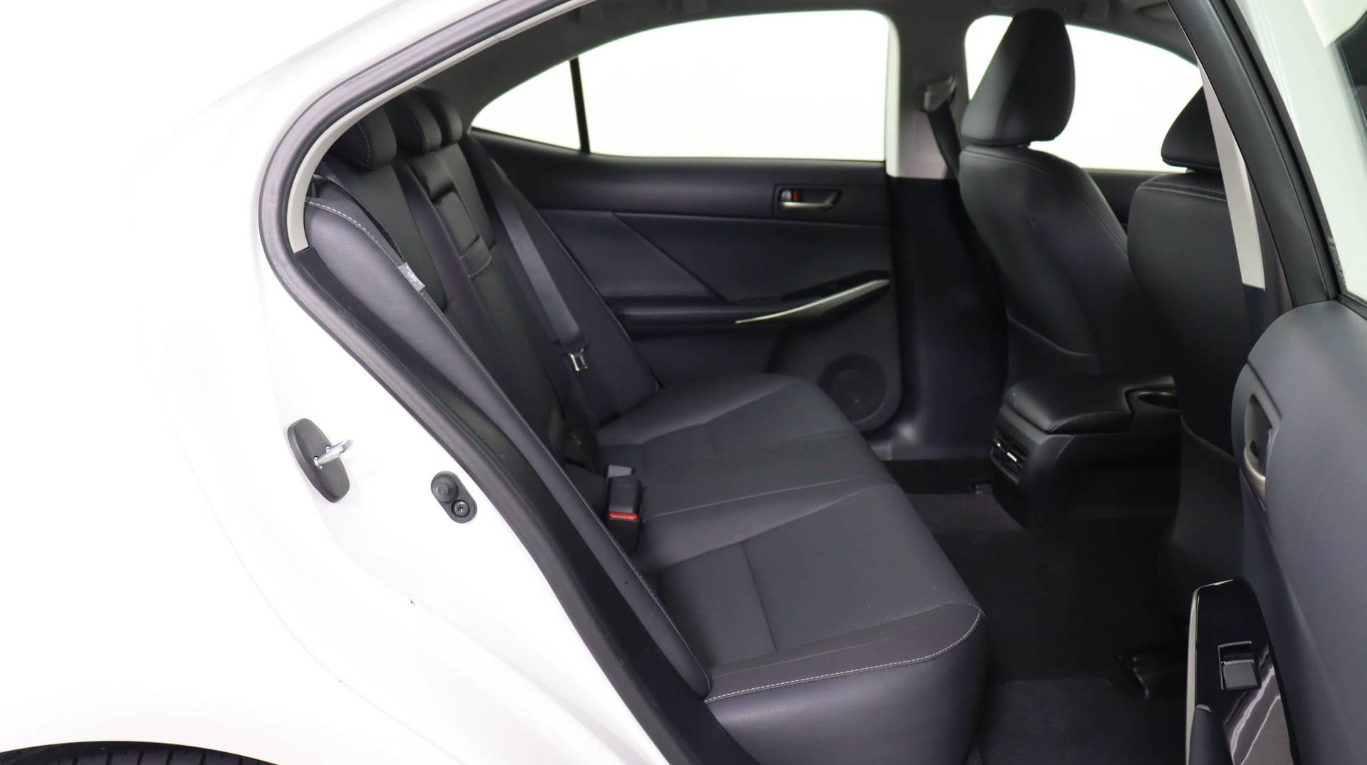 used vehicle - Sedan LEXUS IS 2020