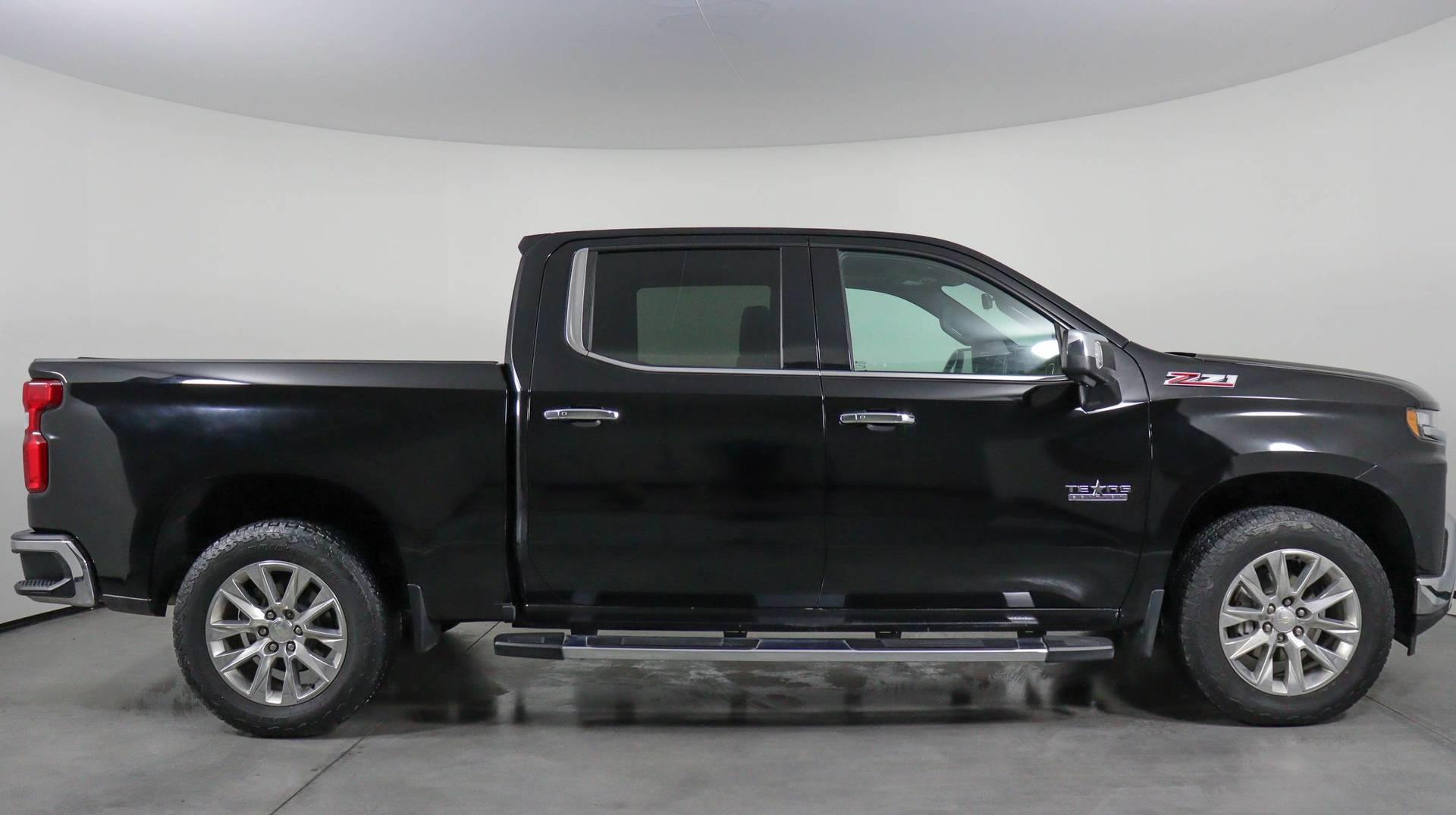 Carvix - Used vehicle - Truck CHEVROLET SILVERADO 1500 2019