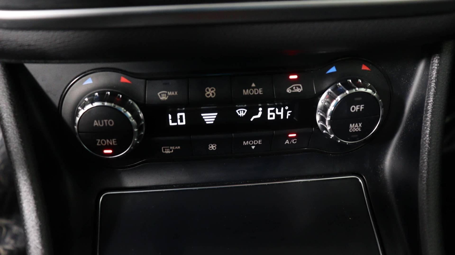 Carvix - Used vehicle - SUV MERCEDES-BENZ GLA 2018