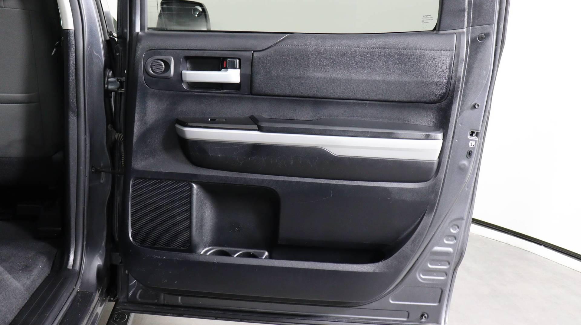 Carvix - Used vehicle - Truck TOYOTA TUNDRA 2WD 2018