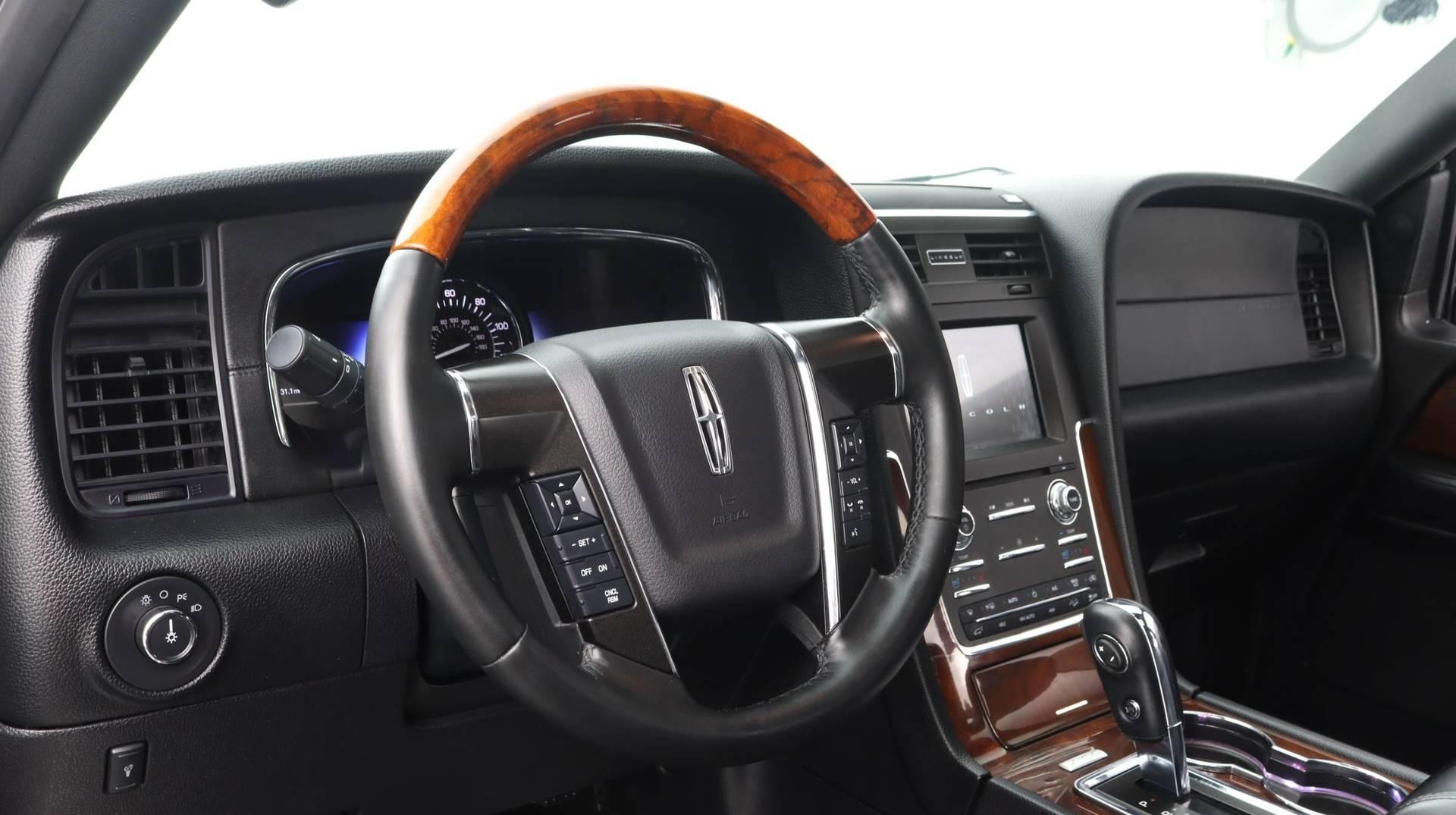 Florida Fine Cars - Used vehicle - SUV LINCOLN NAVIGATOR 2017