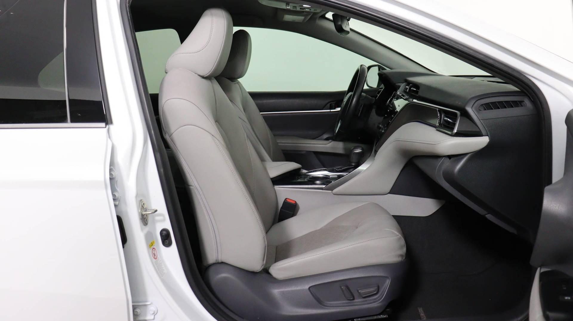 Carvix - Used vehicle - Sedan TOYOTA CAMRY 2019