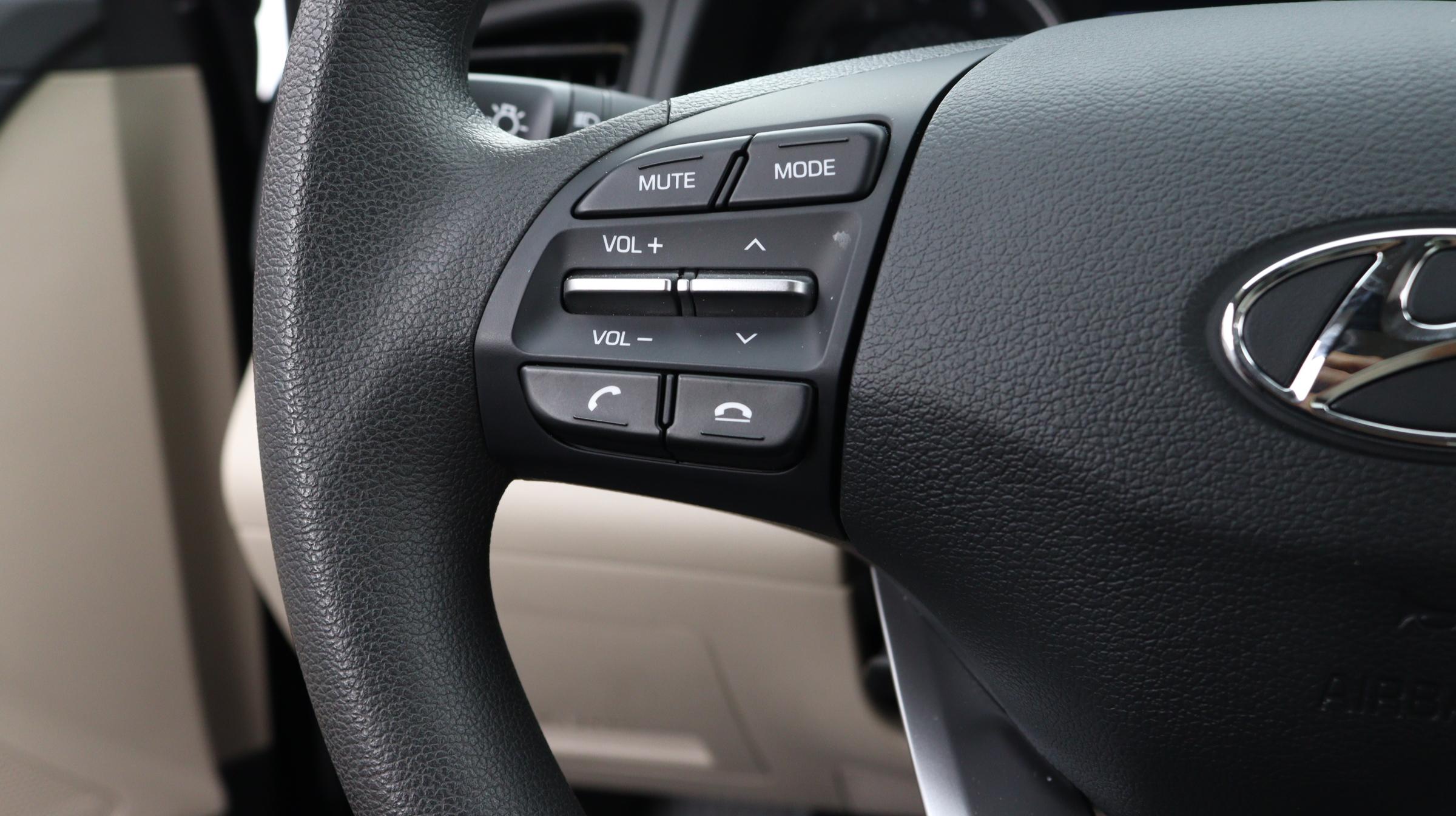Florida Fine Cars - Used vehicle - Sedan HYUNDAI ELANTRA 2020