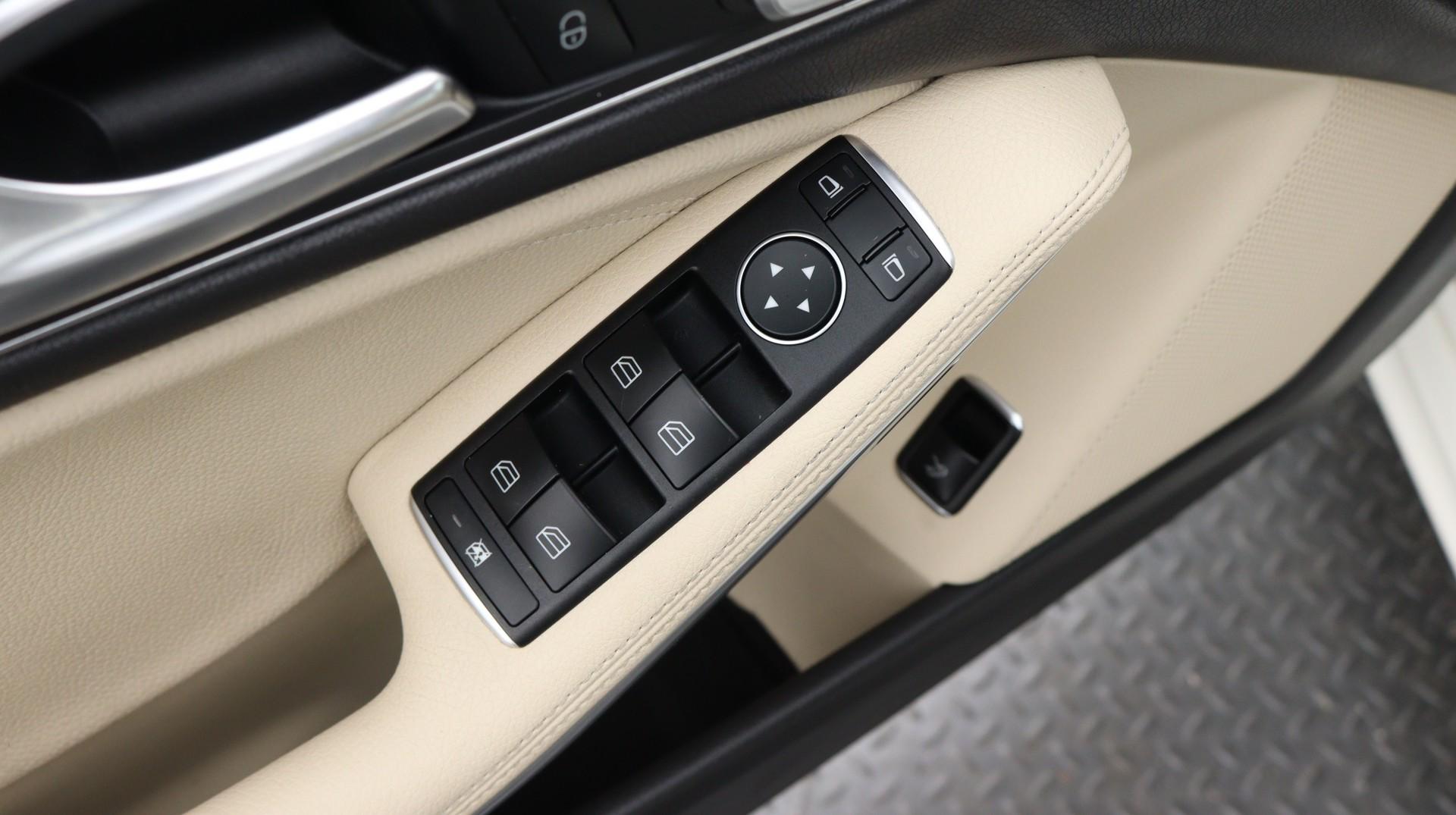 Florida Fine Cars - Used vehicle - Sedan MERCEDES-BENZ CLA 2018