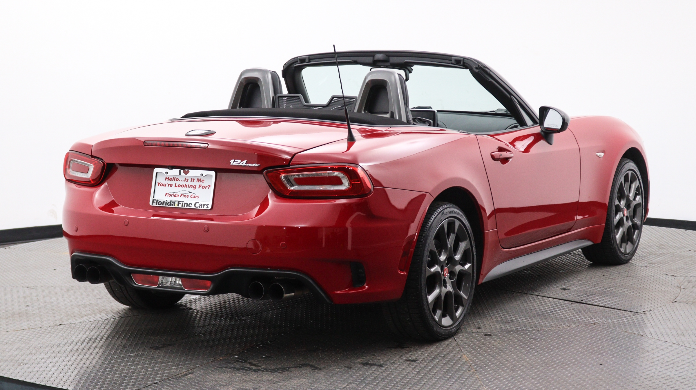 Florida Fine Cars - Used vehicle - Convertible FIAT 124 SPIDER 2017