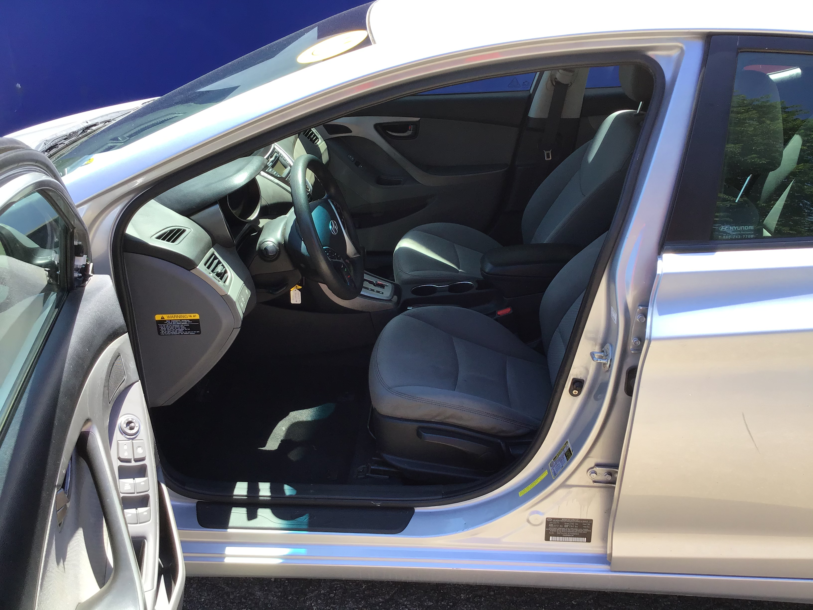 used vehicle - Sedan HYUNDAI ELANTRA 2012