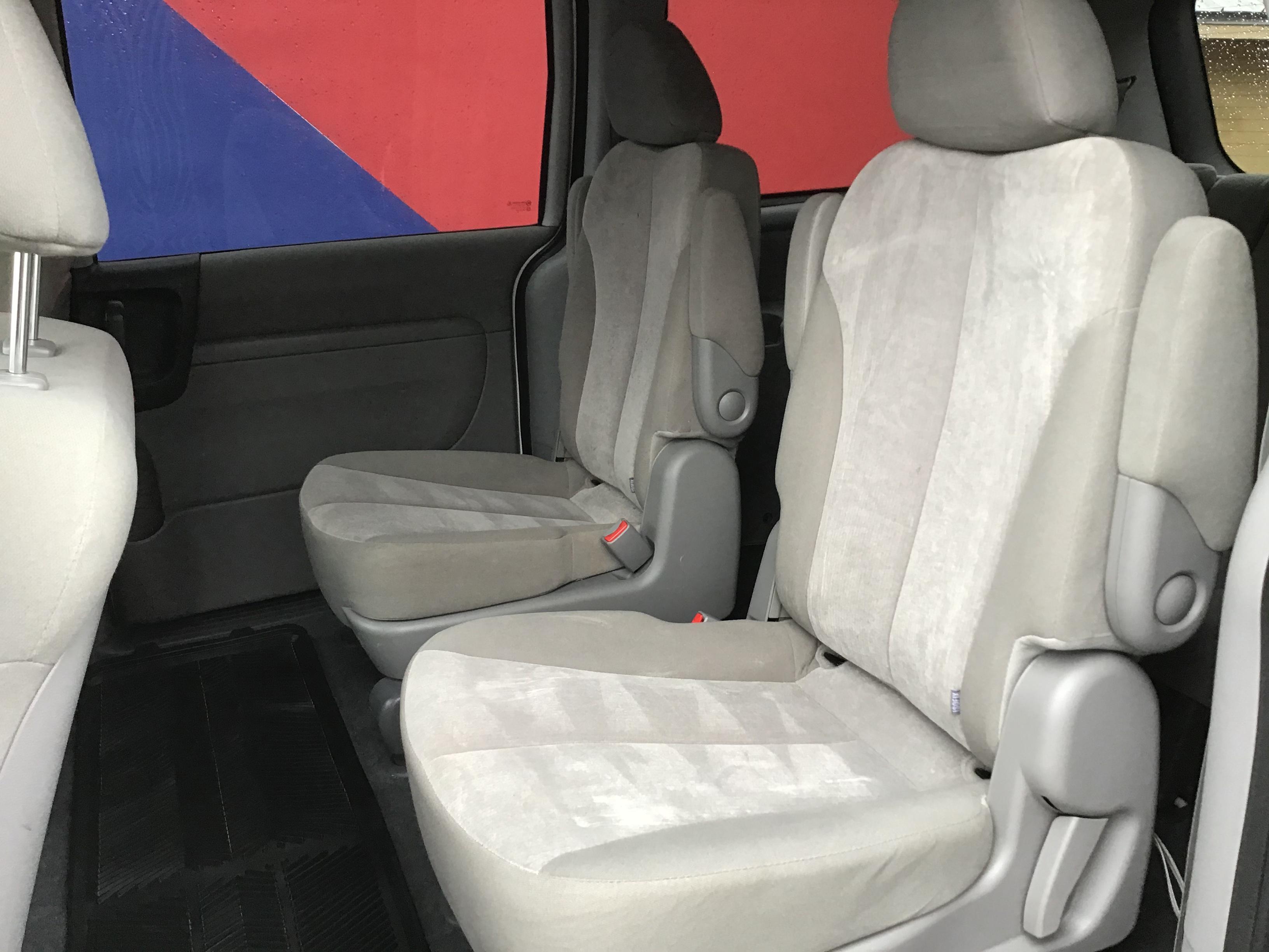 used vehicle - Passenger Van KIA SEDONA 2014