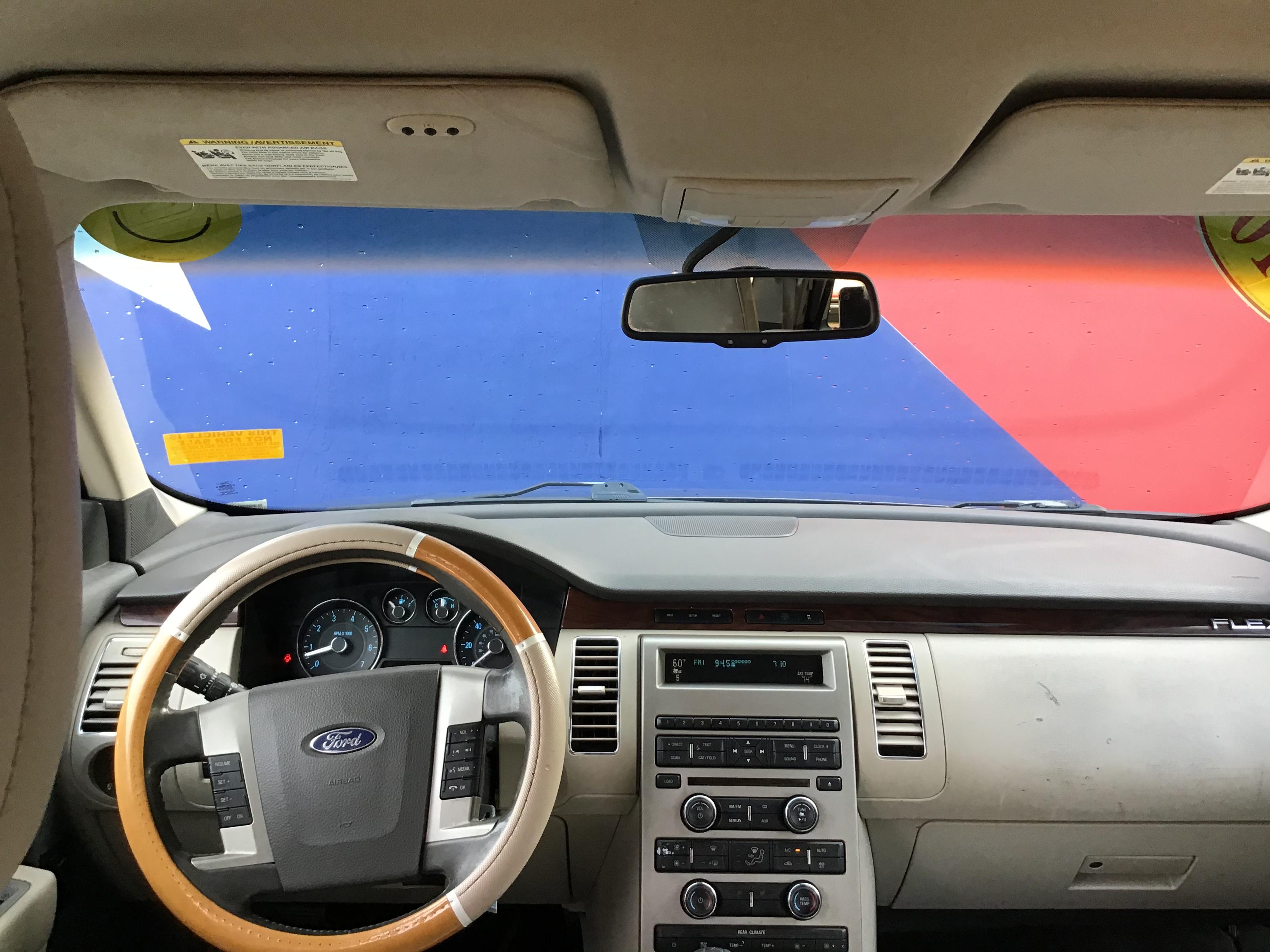 used vehicle - 4 DOOR WAGON FORD FLEX 2010