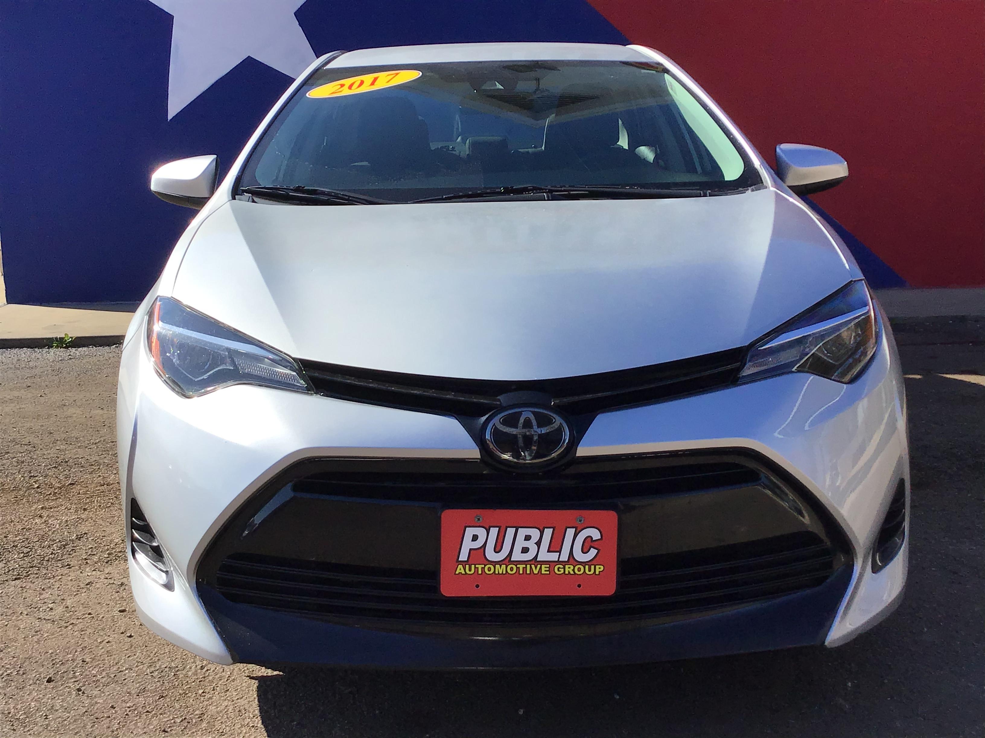 used vehicle - Sedan TOYOTA COROLLA 2017
