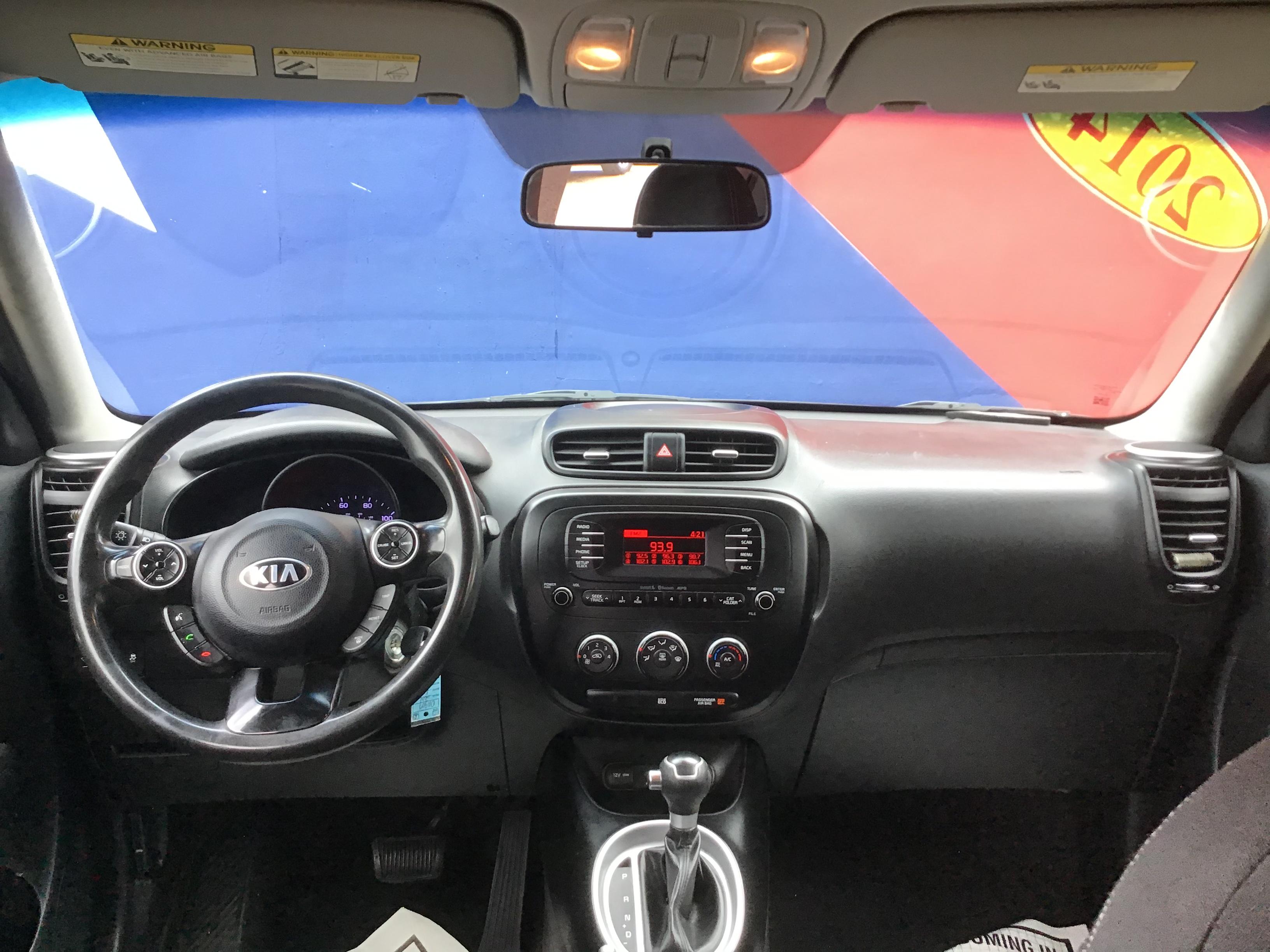 used vehicle - Sedan KIA SOUL 2014