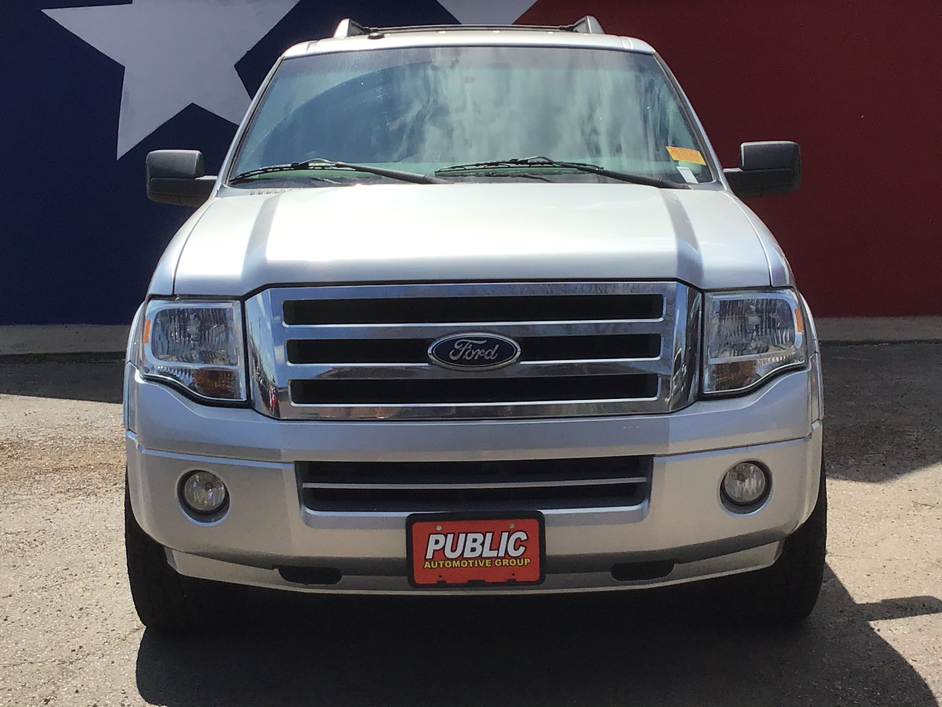 used vehicle - SUV FORD EXPEDITION 2011