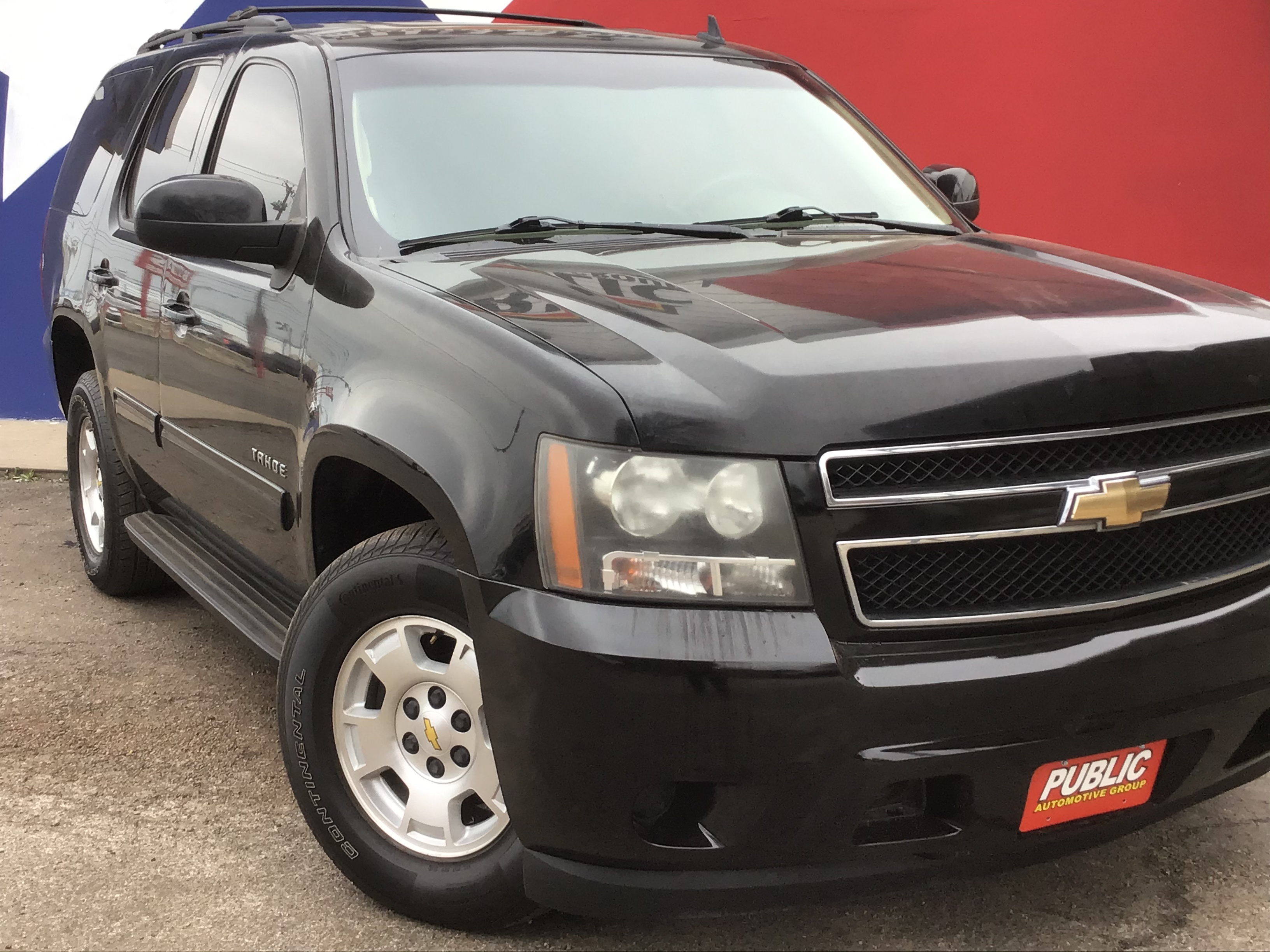 used vehicle - SUV CHEVROLET TAHOE 2011
