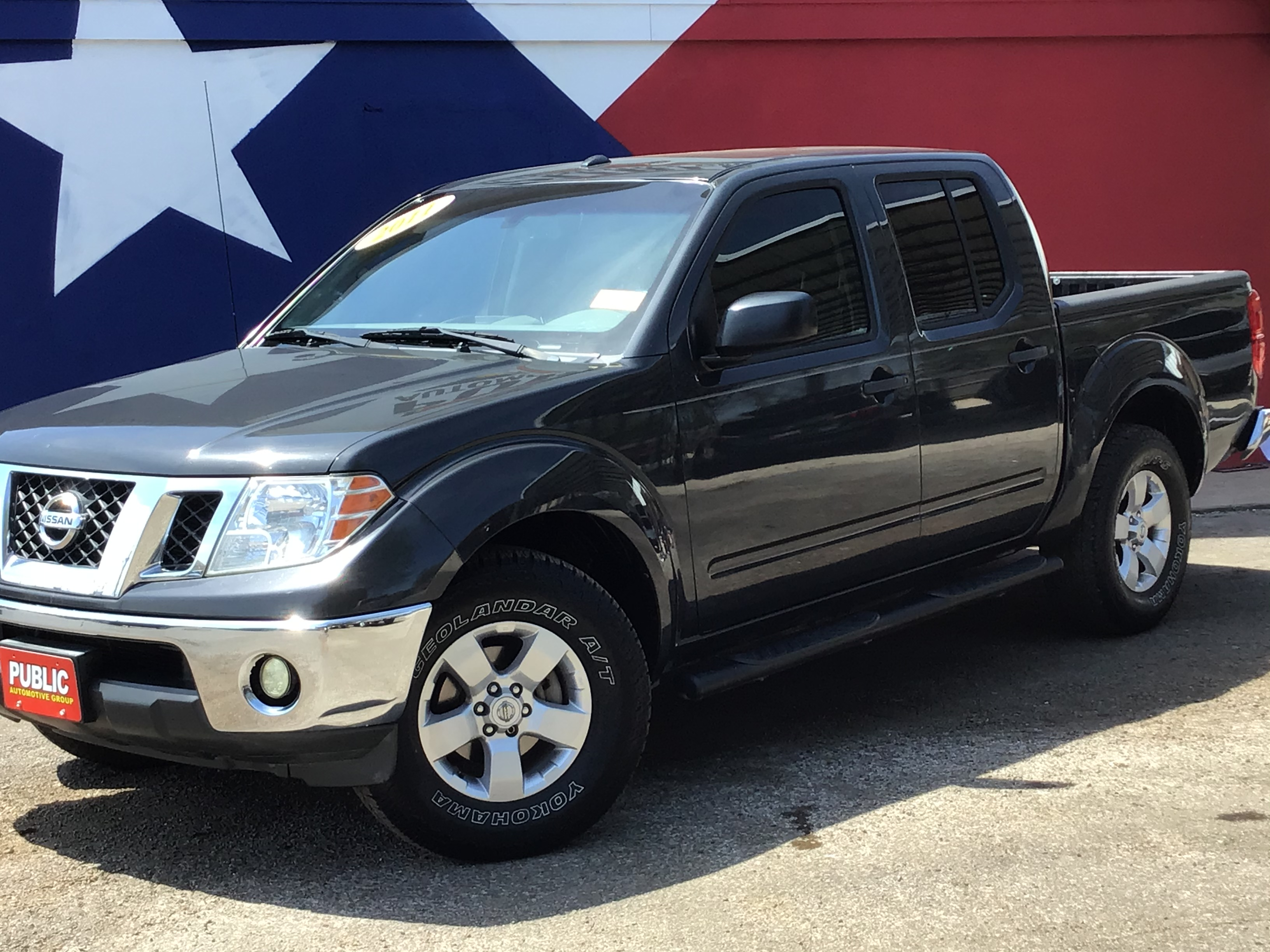used vehicle - Truck NISSAN FRONTIER 2011