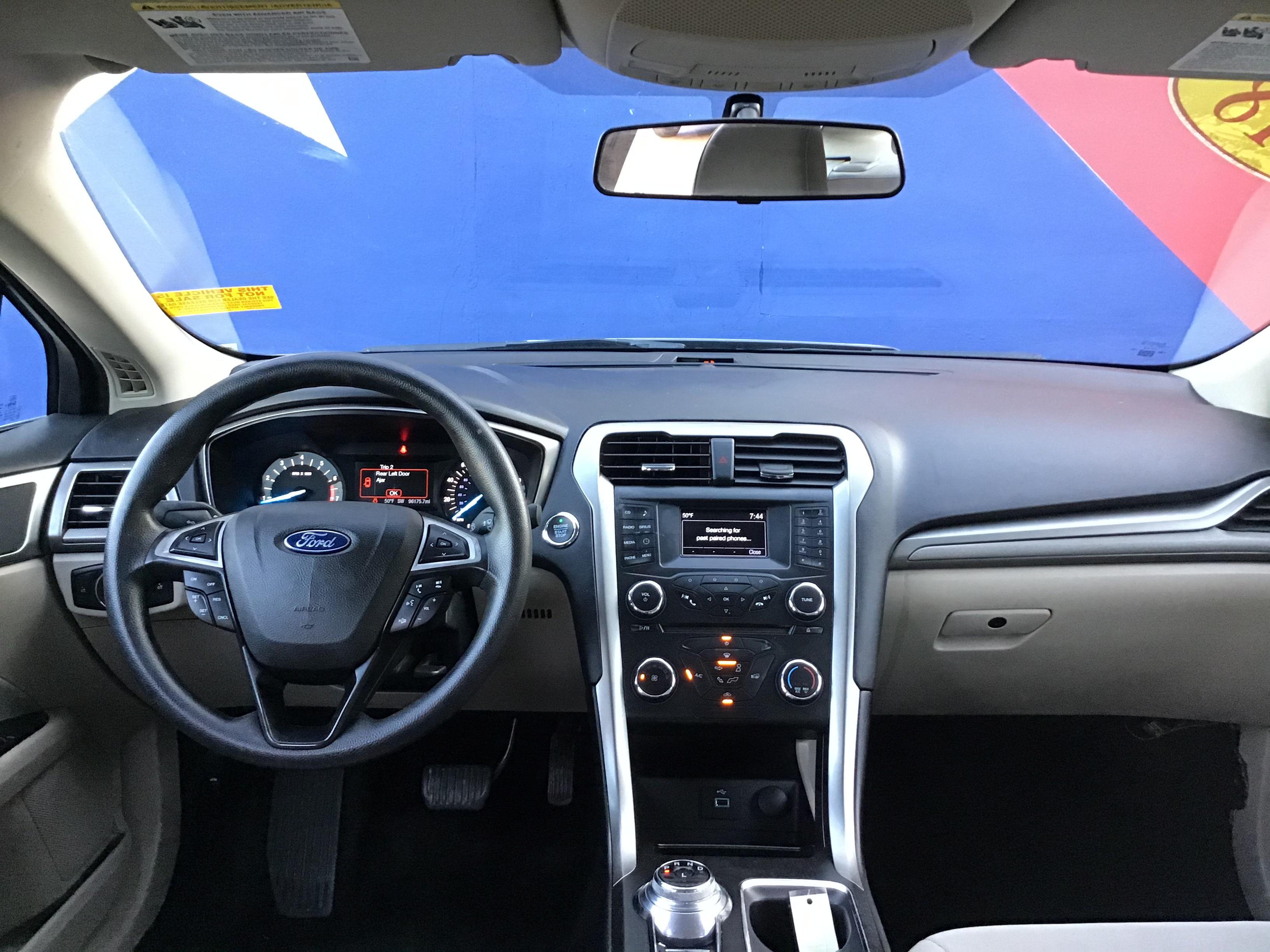 used vehicle - Sedan FORD FUSION 2018