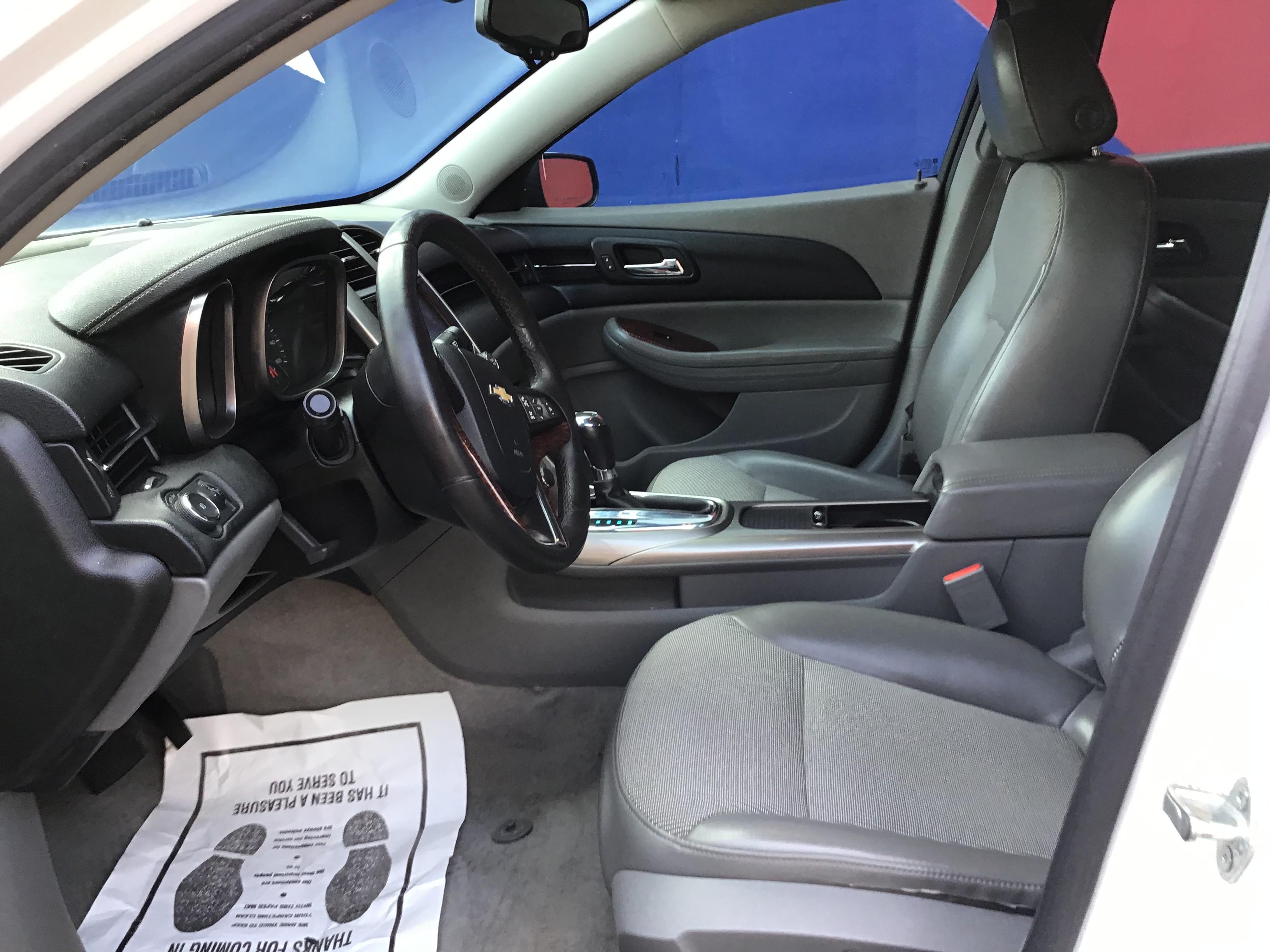 used vehicle - Sedan CHEVROLET MALIBU 2013