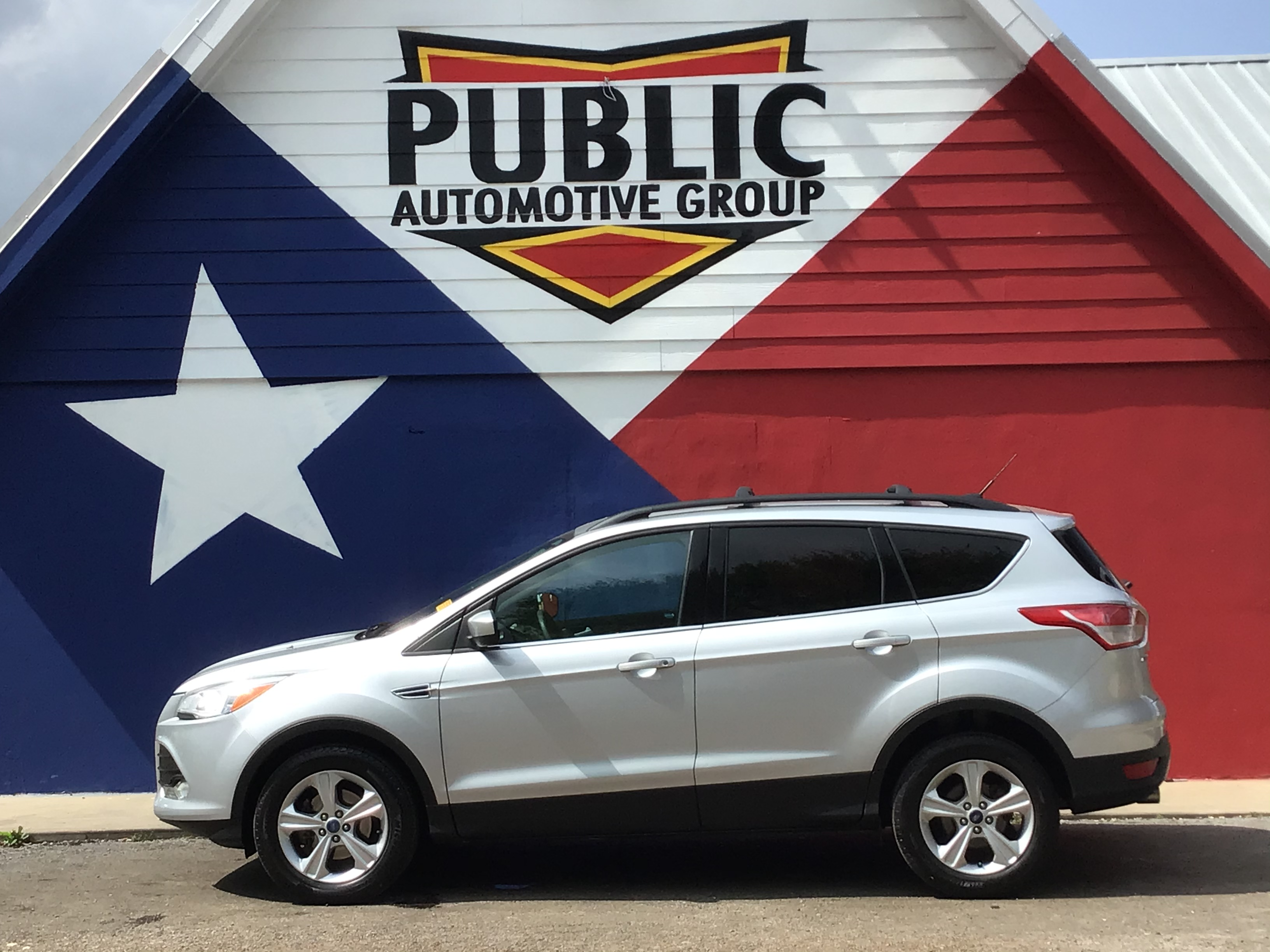 used vehicle - SUV FORD ESCAPE 2013