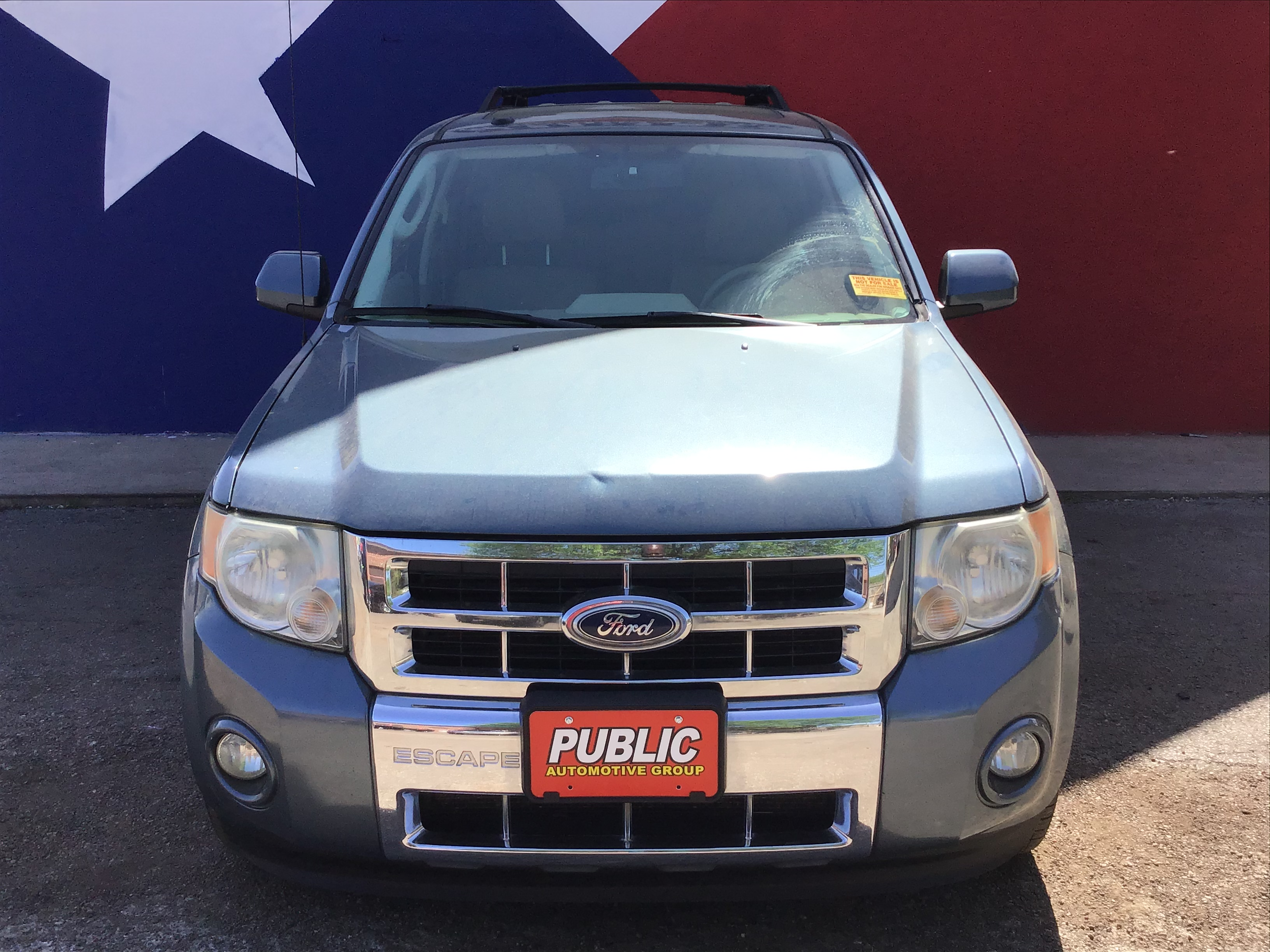 used vehicle - SUV FORD ESCAPE 2010