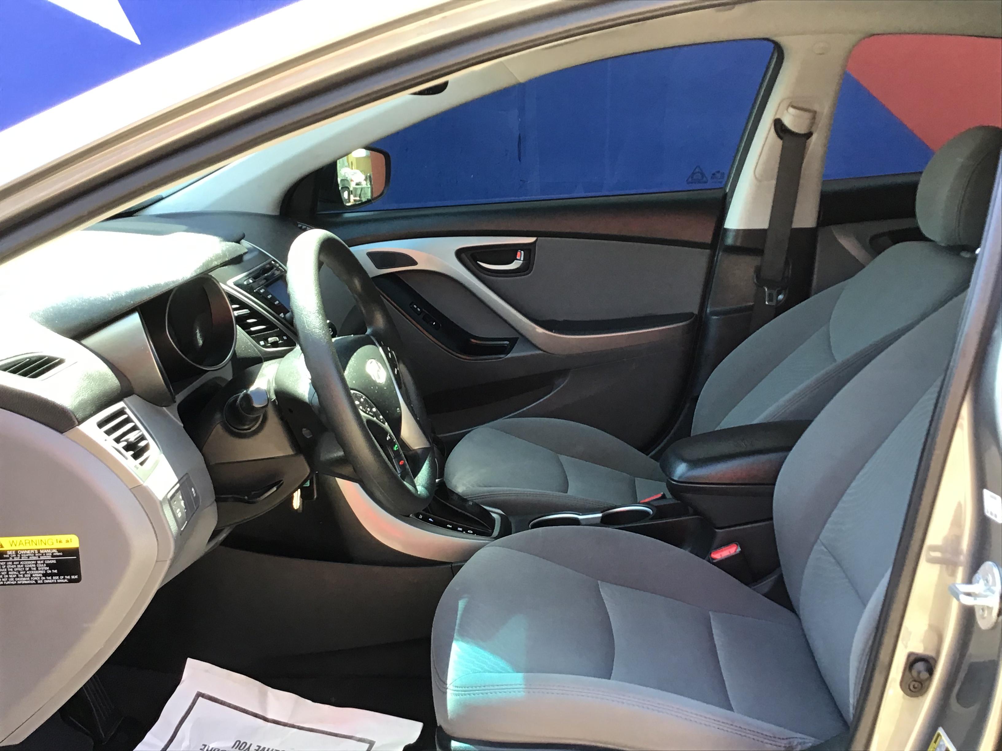 used vehicle - Sedan HYUNDAI ELANTRA 2014