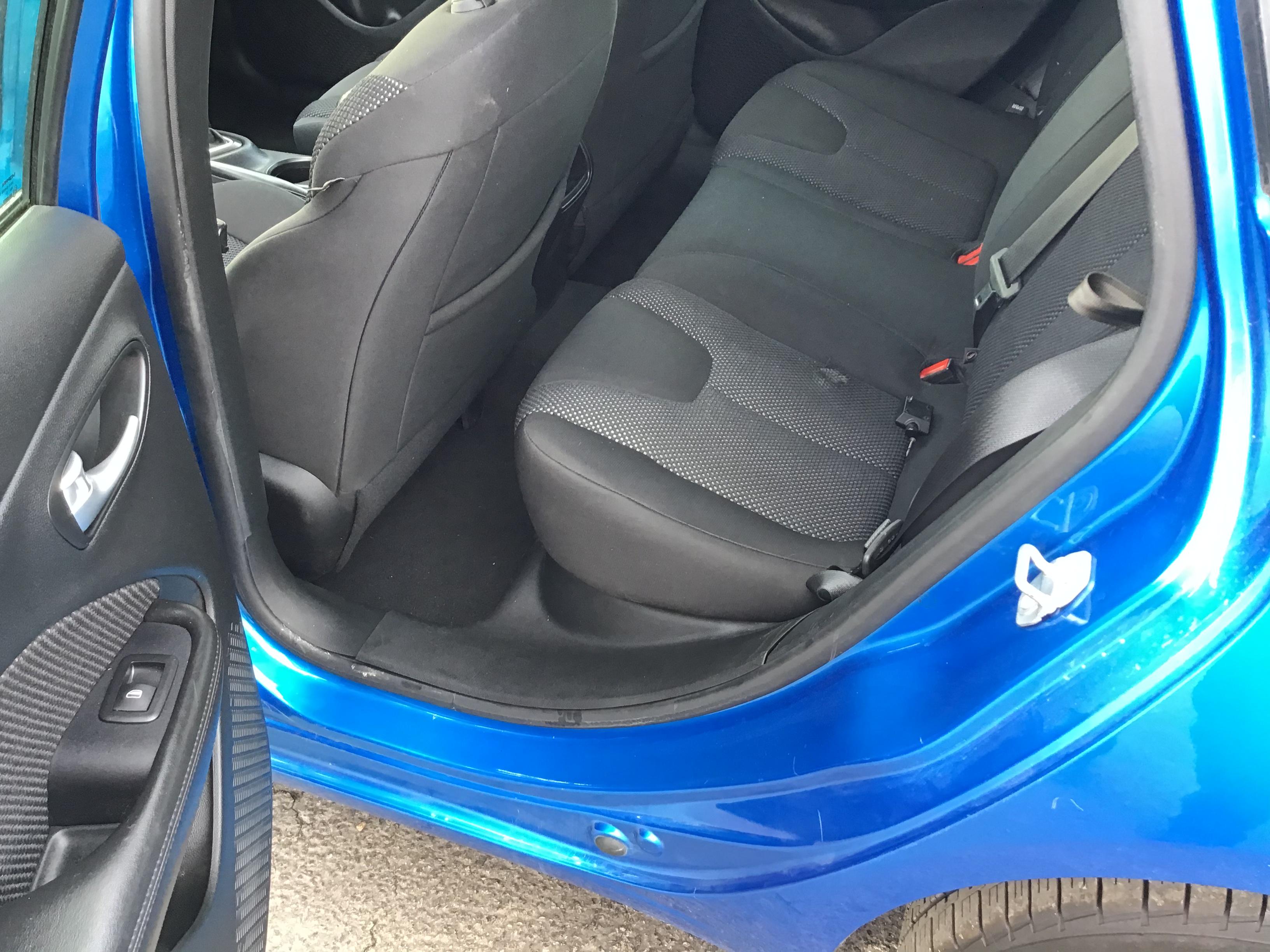 used vehicle - Sedan DODGE DART 2016