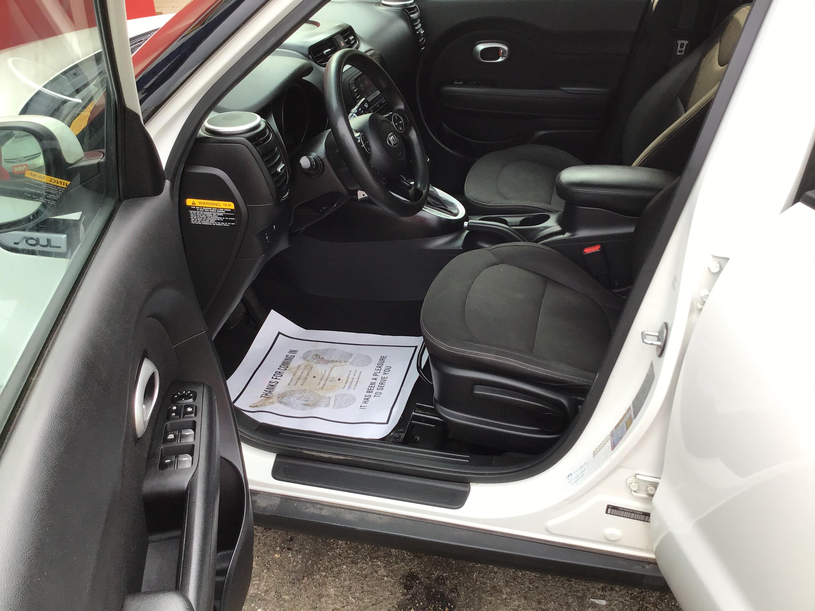 used vehicle -  KIA SOUL 2015