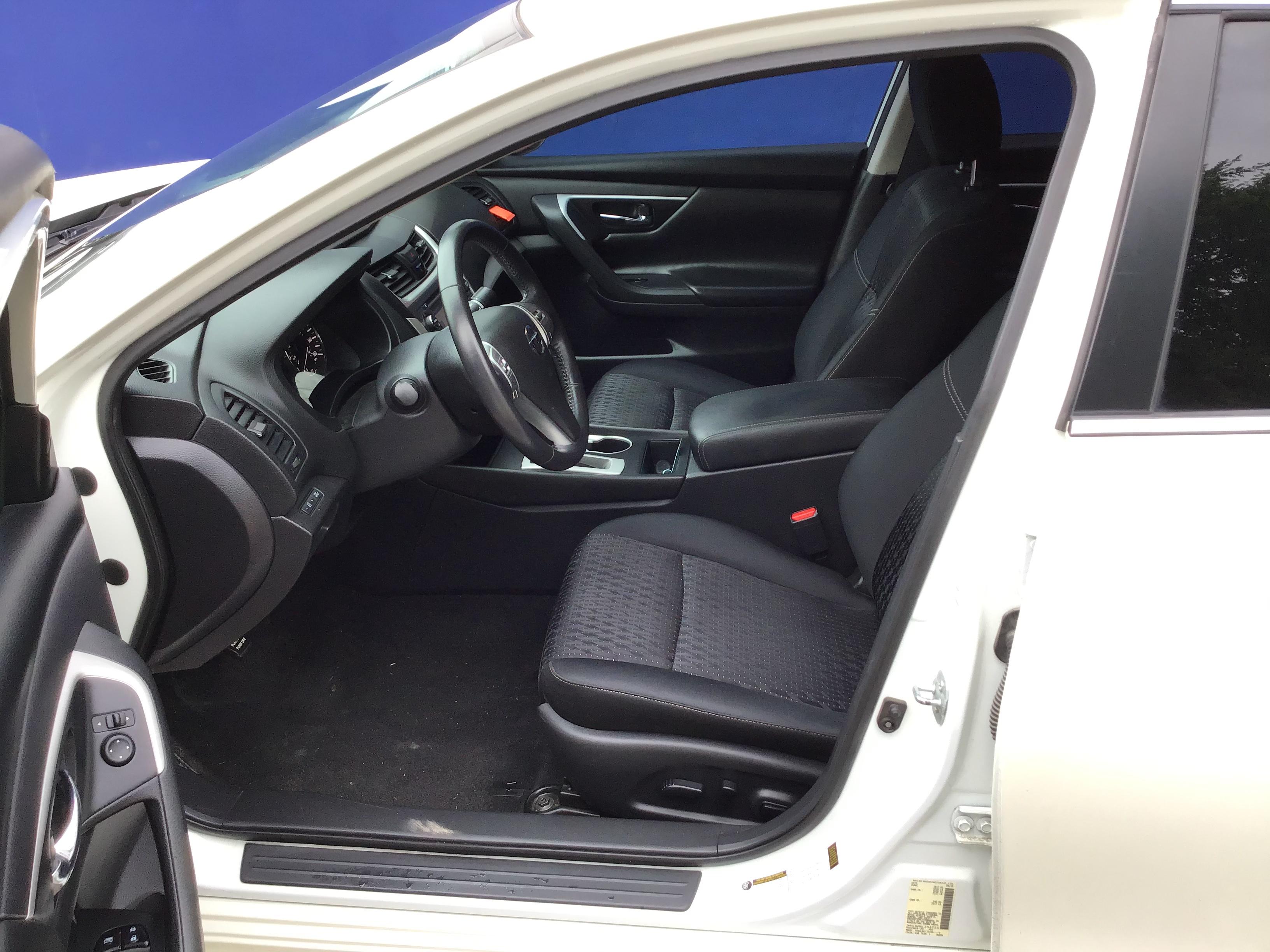 used vehicle - Sedan NISSAN ALTIMA 2016