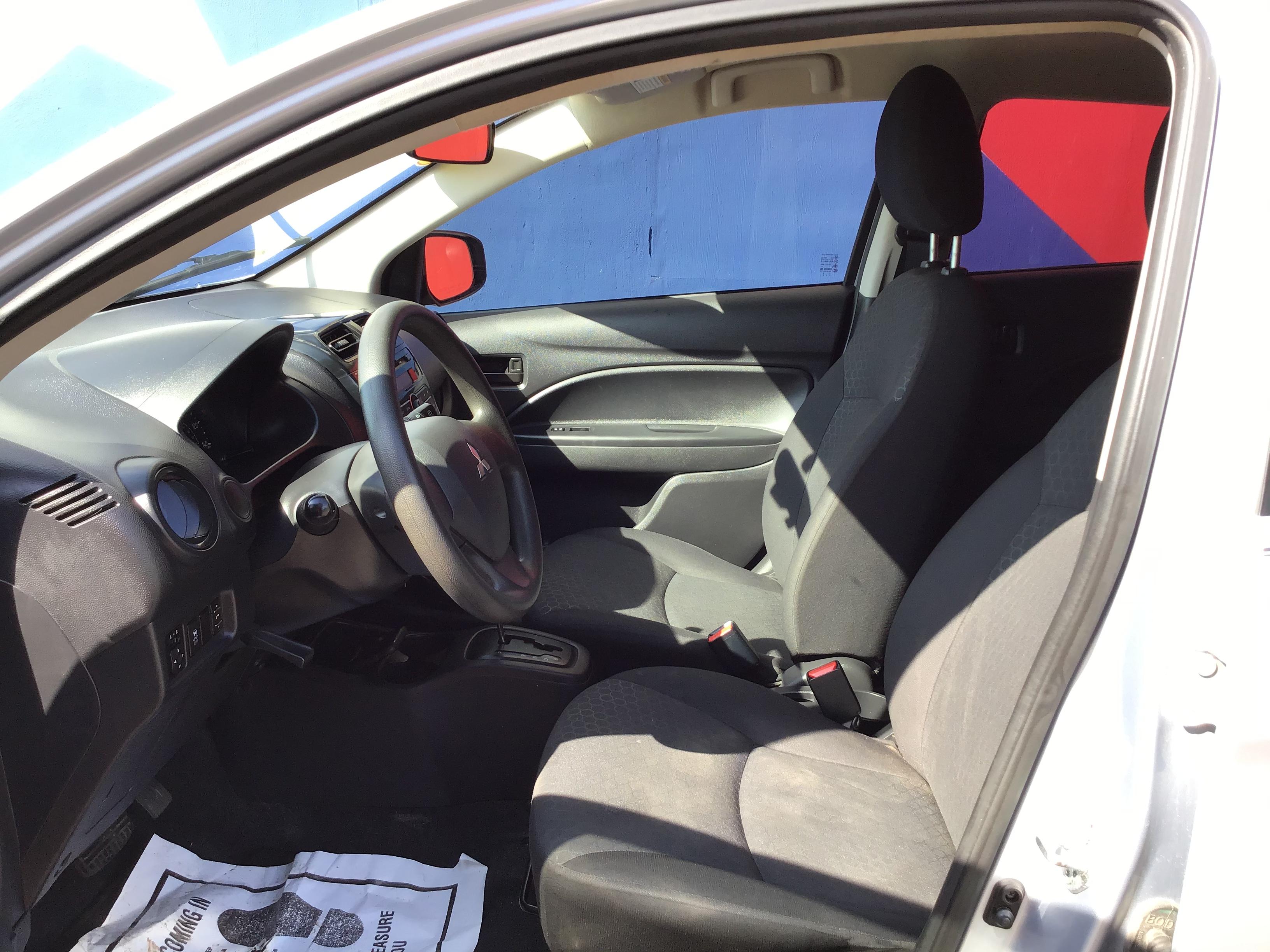 used vehicle - Sedan MITSUBISHI MIRAGE 2015