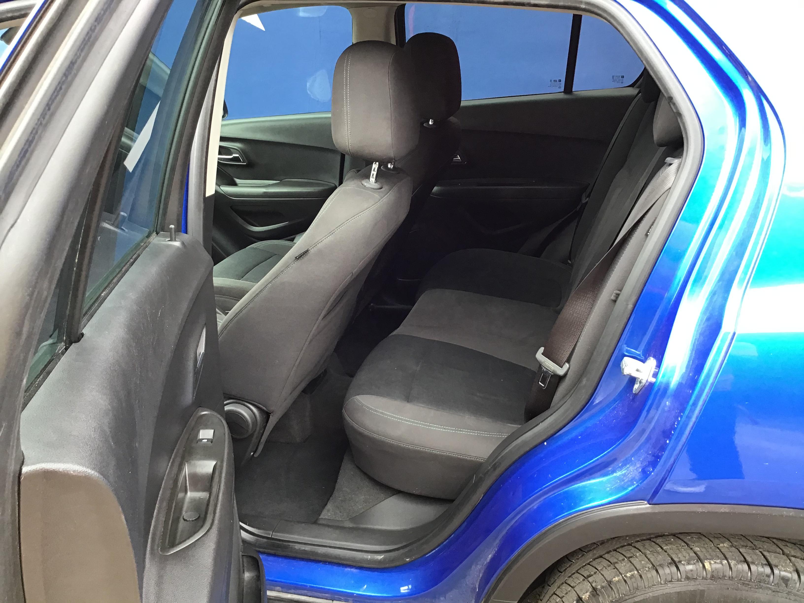 used vehicle - SUV CHEVROLET TRAX 2015