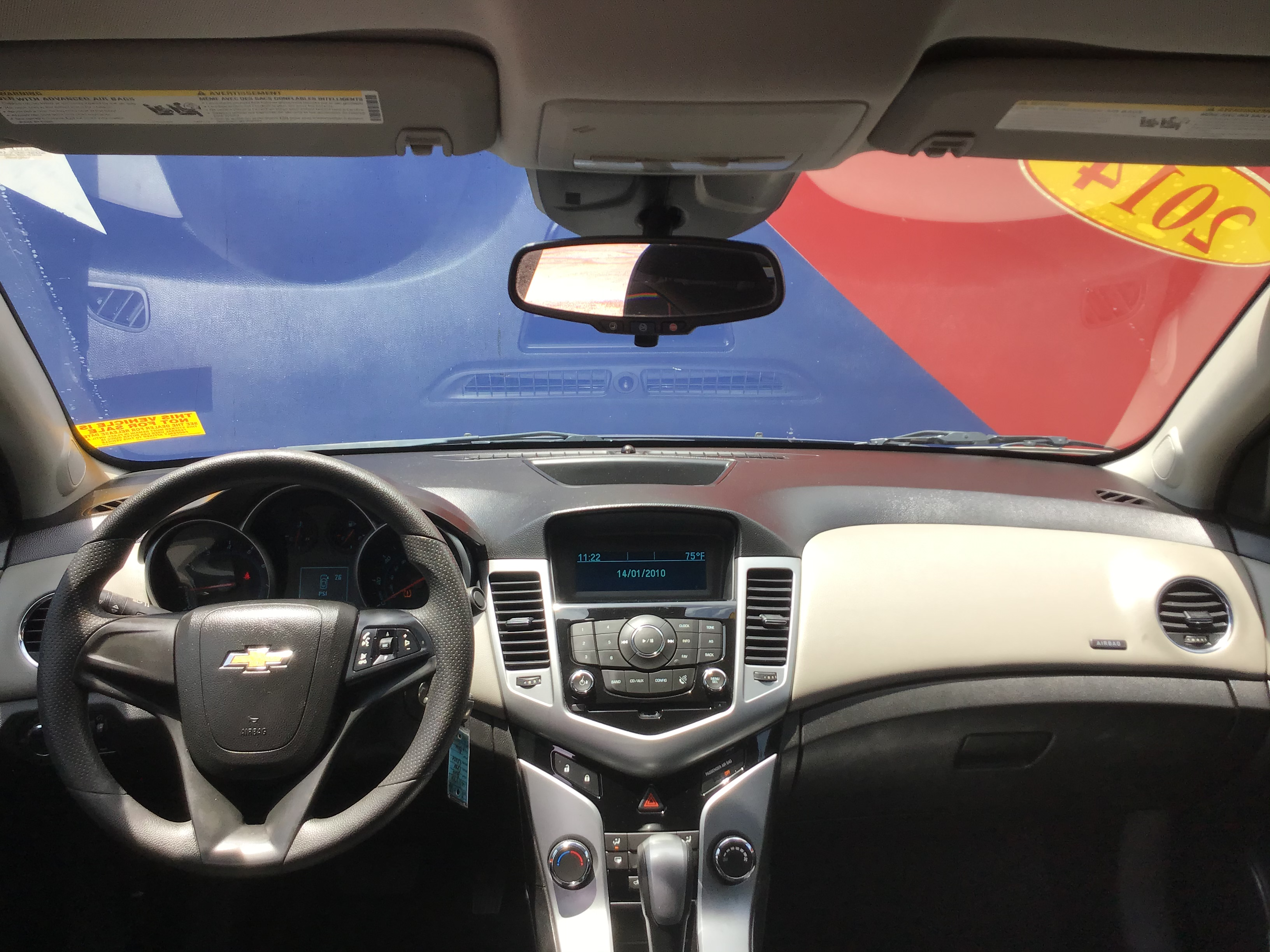 used vehicle - Sedan CHEVROLET CRUZE 2014