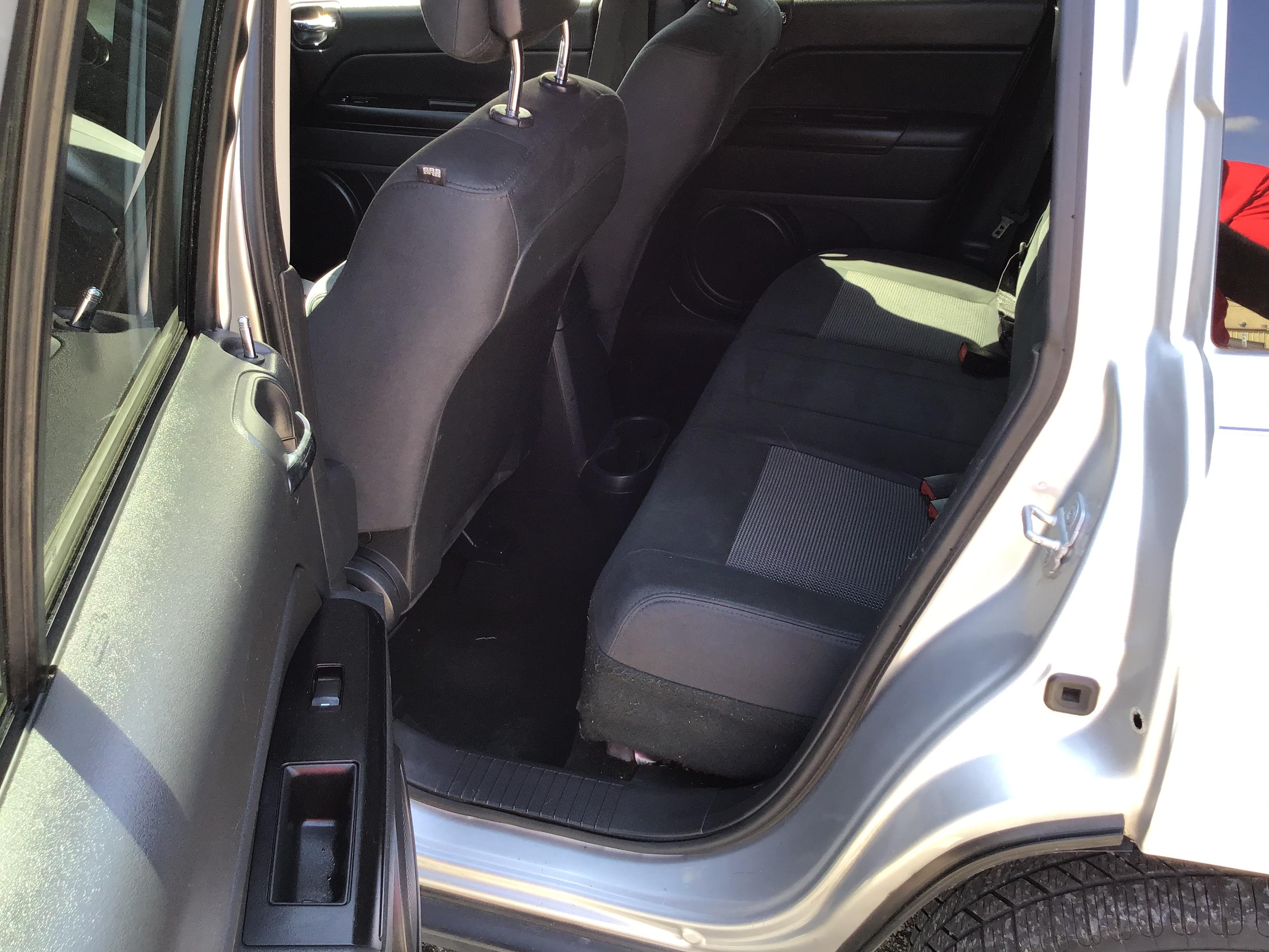 used vehicle - SUV JEEP COMPASS 2012