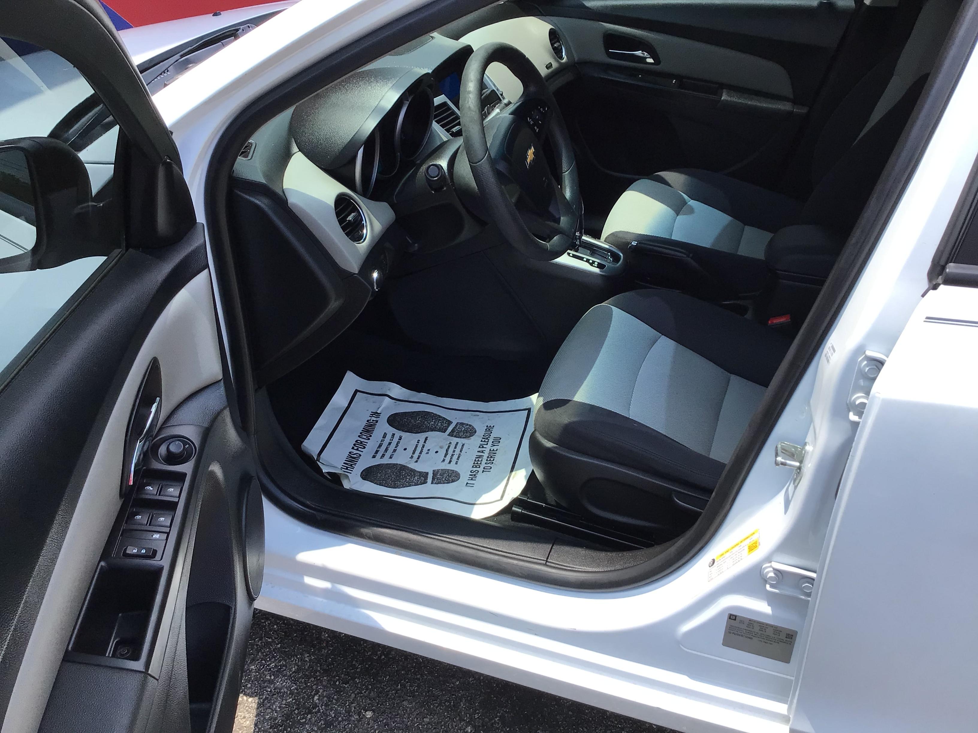 used vehicle - Sedan CHEVROLET CRUZE LIMITED 2016