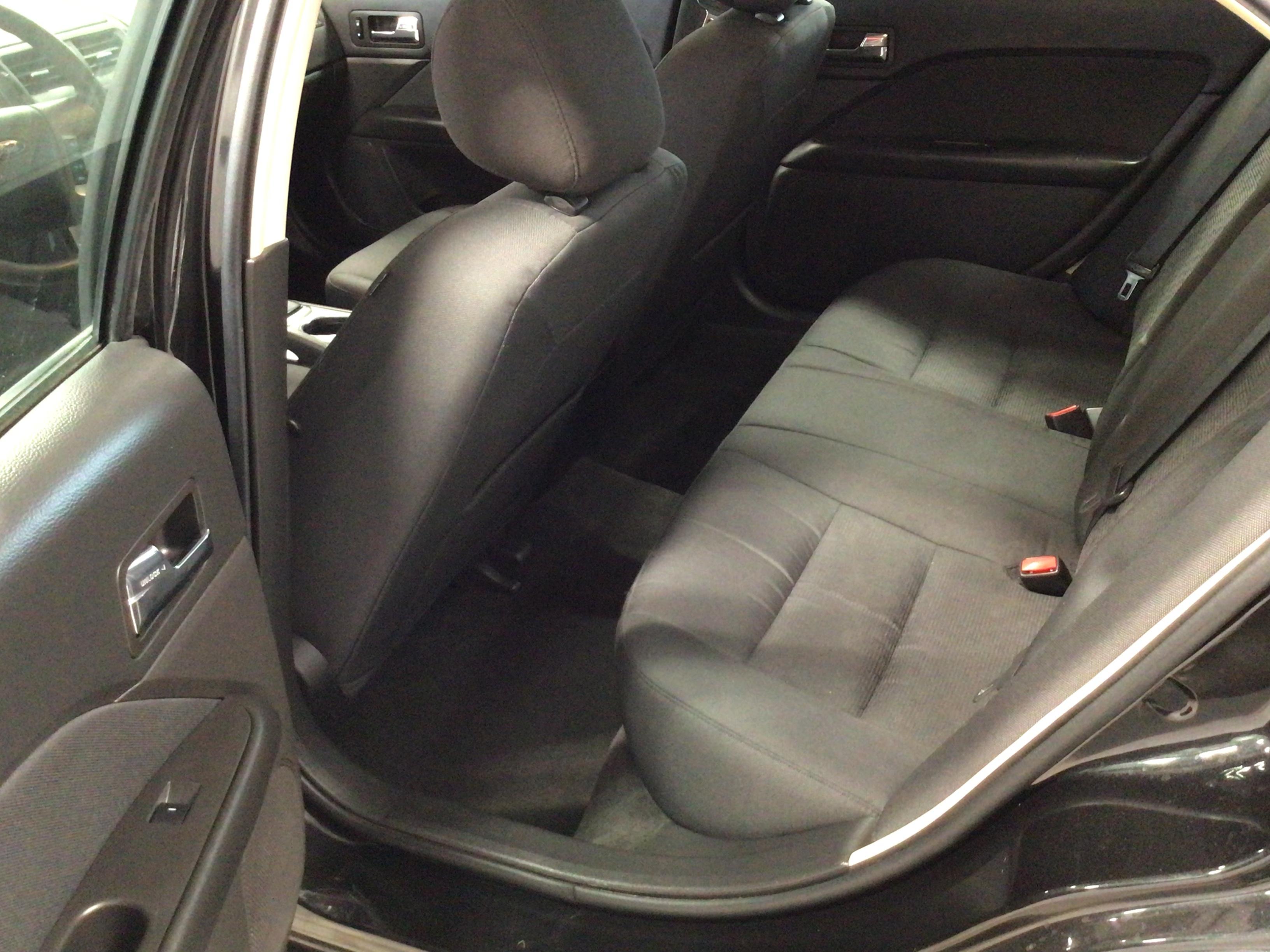 used vehicle - Sedan FORD FUSION 2012