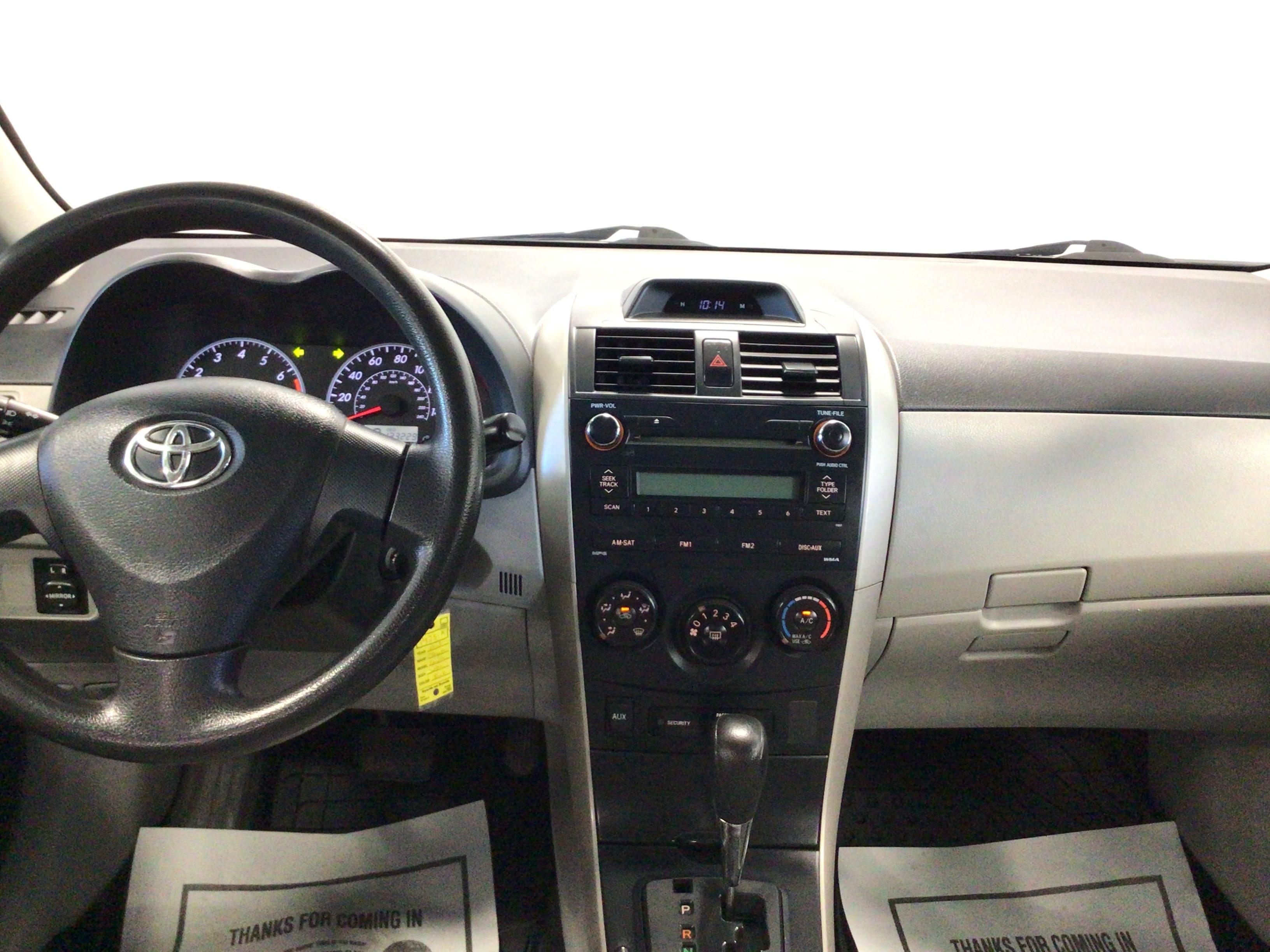 used vehicle - Sedan TOYOTA COROLLA 2013