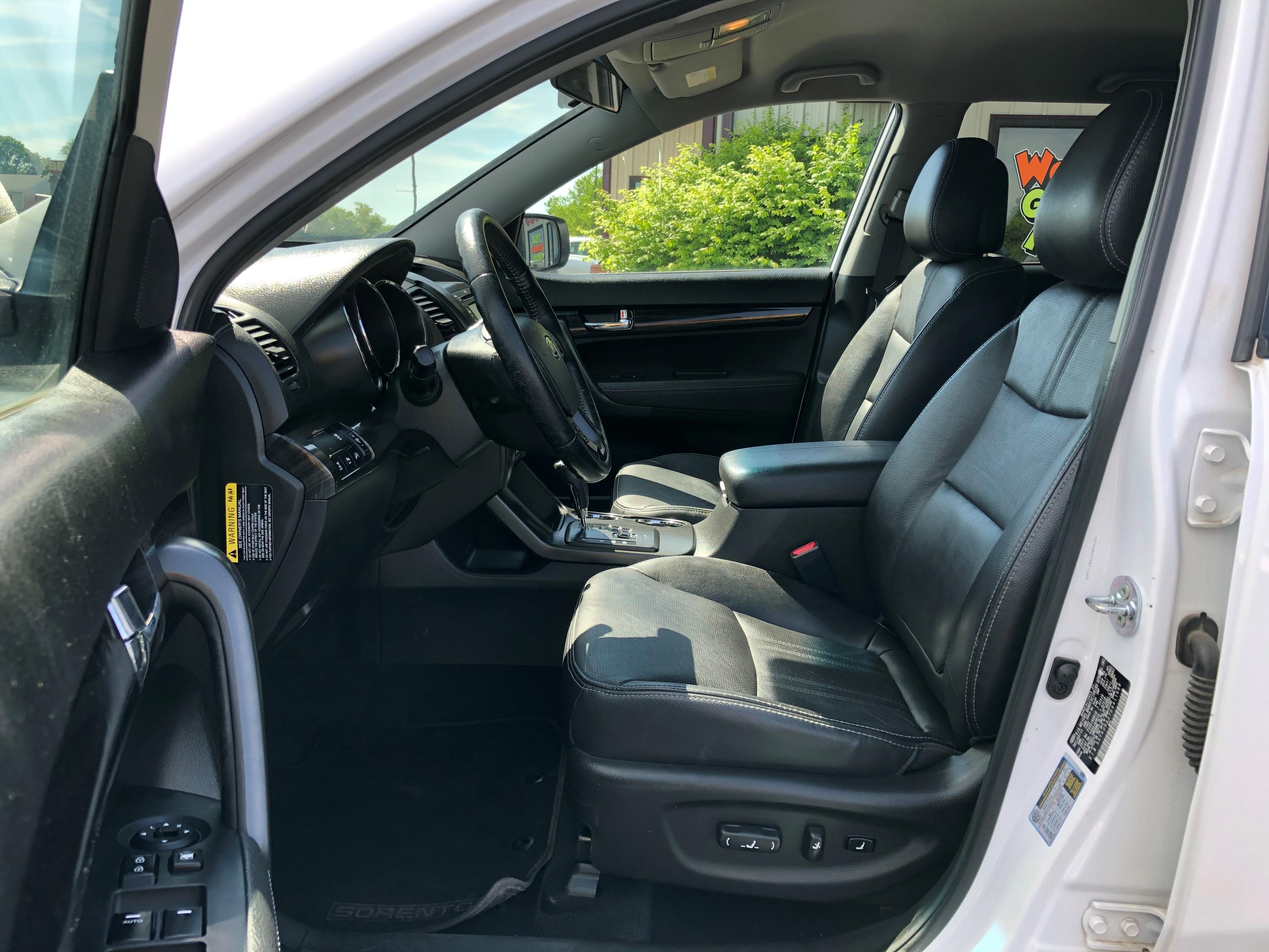 used vehicle - SUV Kia Sorento 2013
