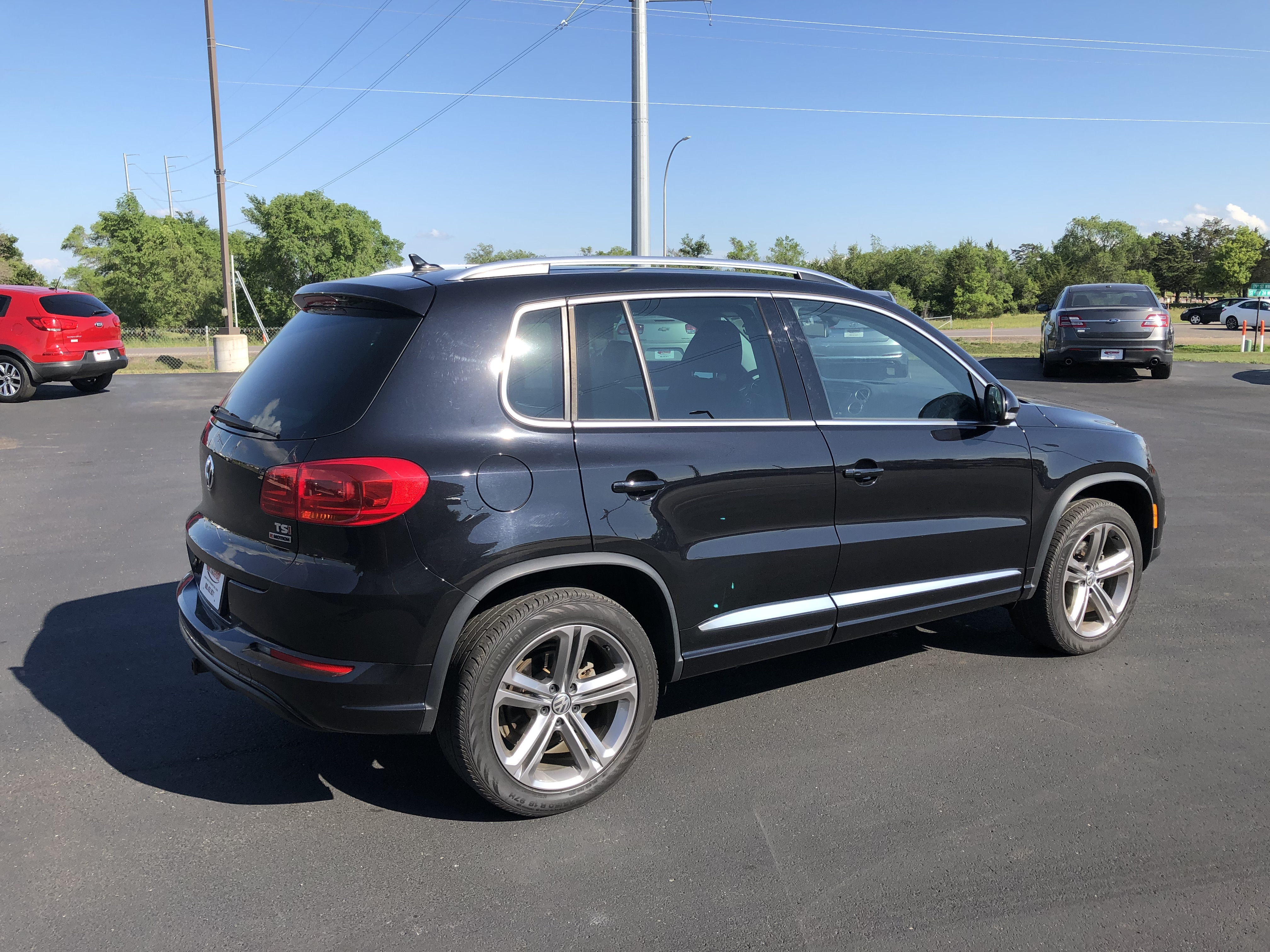used vehicle - SUV Volkswagen Tiguan 2017