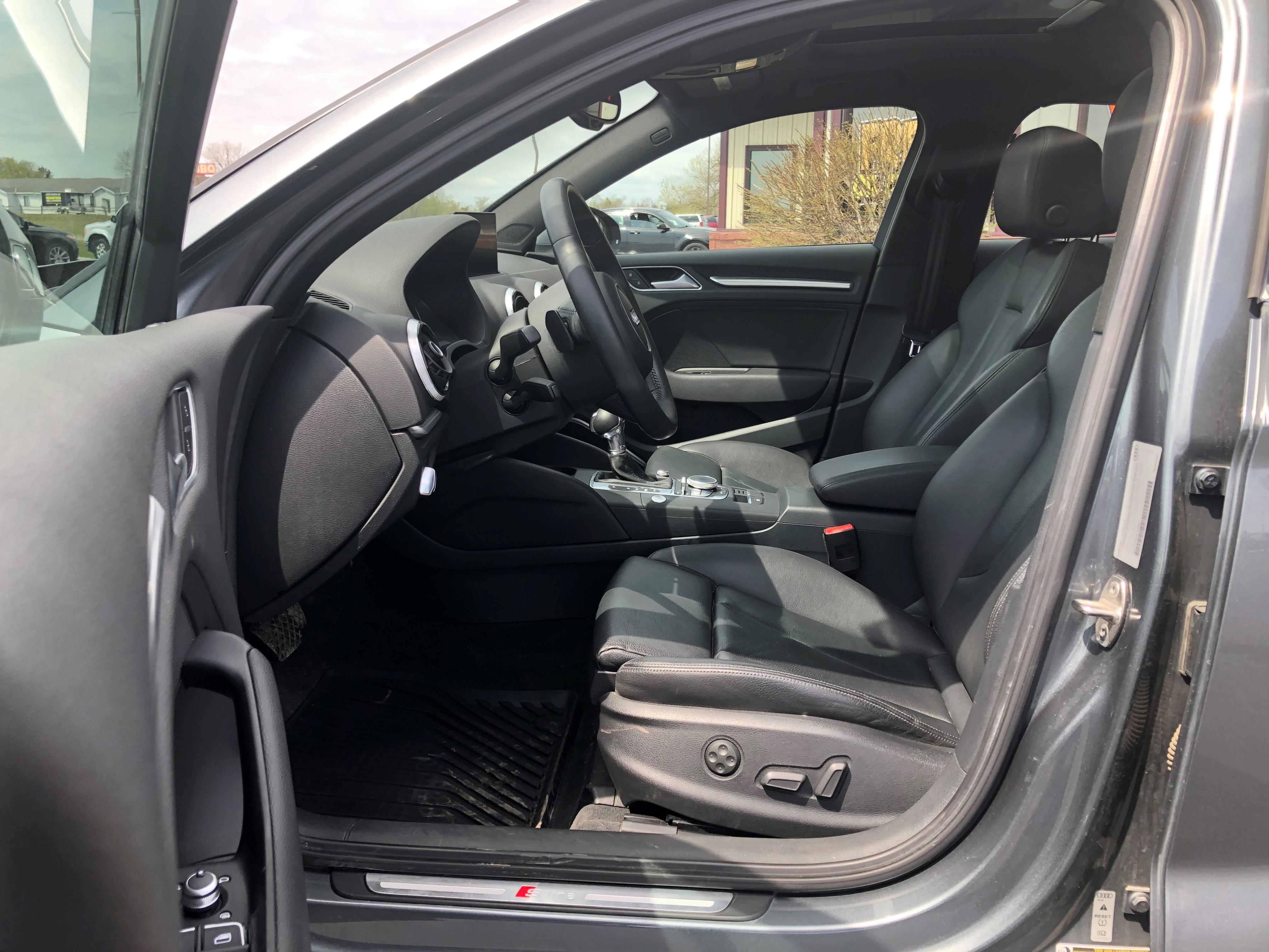 used vehicle - Sedan AUDI A3 2015