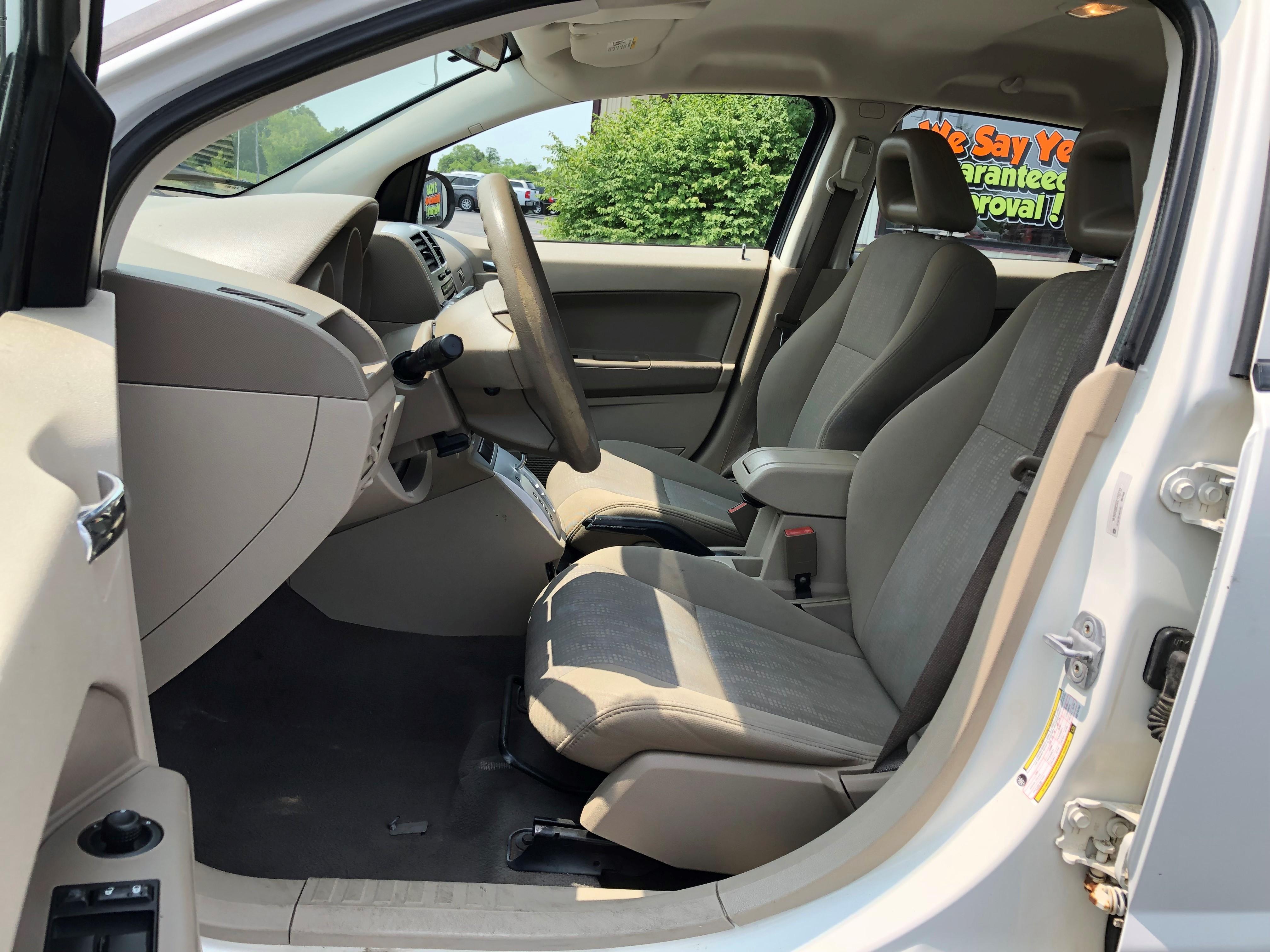 used vehicle - Sedan DODGE CALIBER 2008