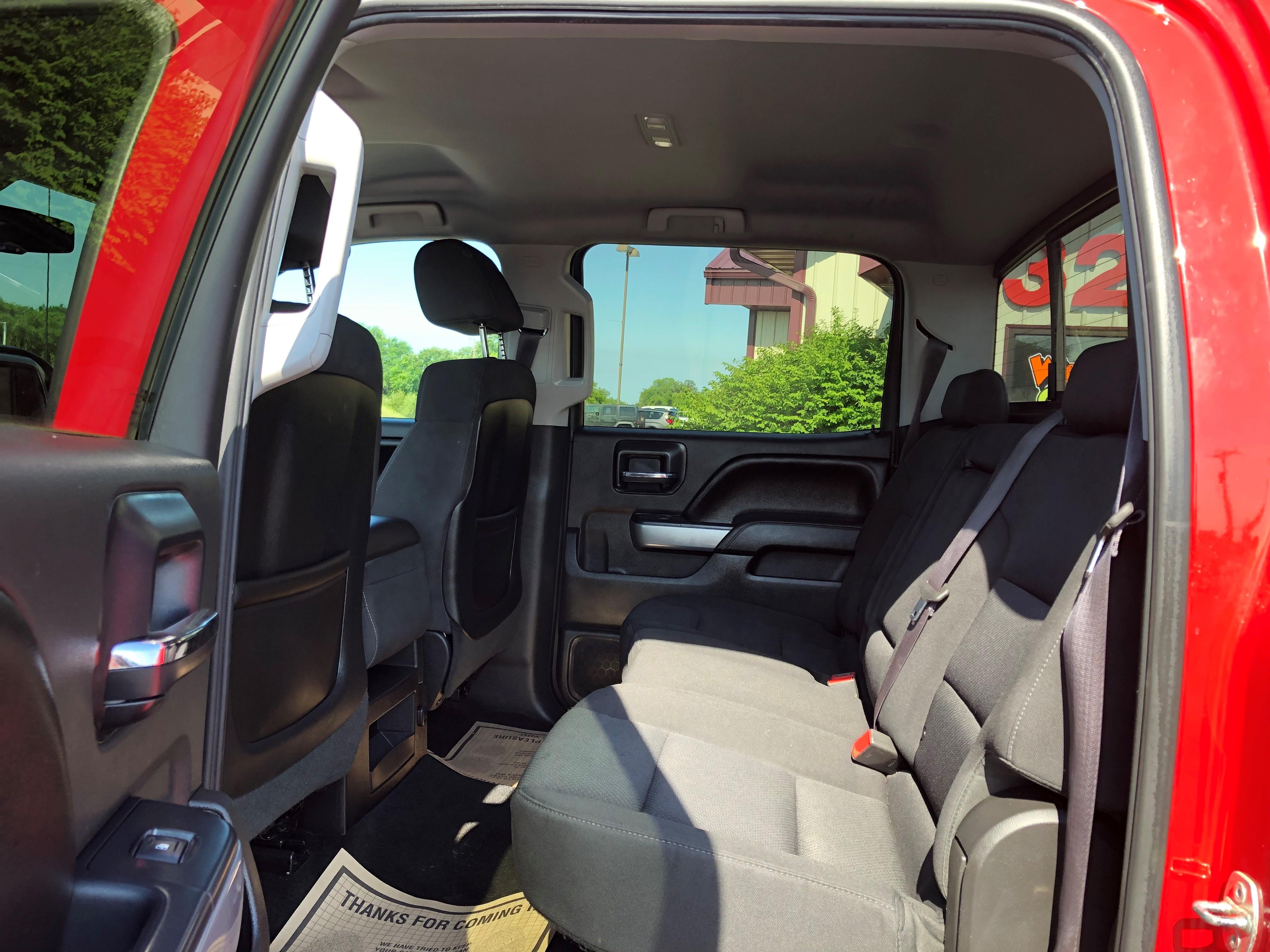 used vehicle - Truck CHEVROLET SILVERADO 1500 2015