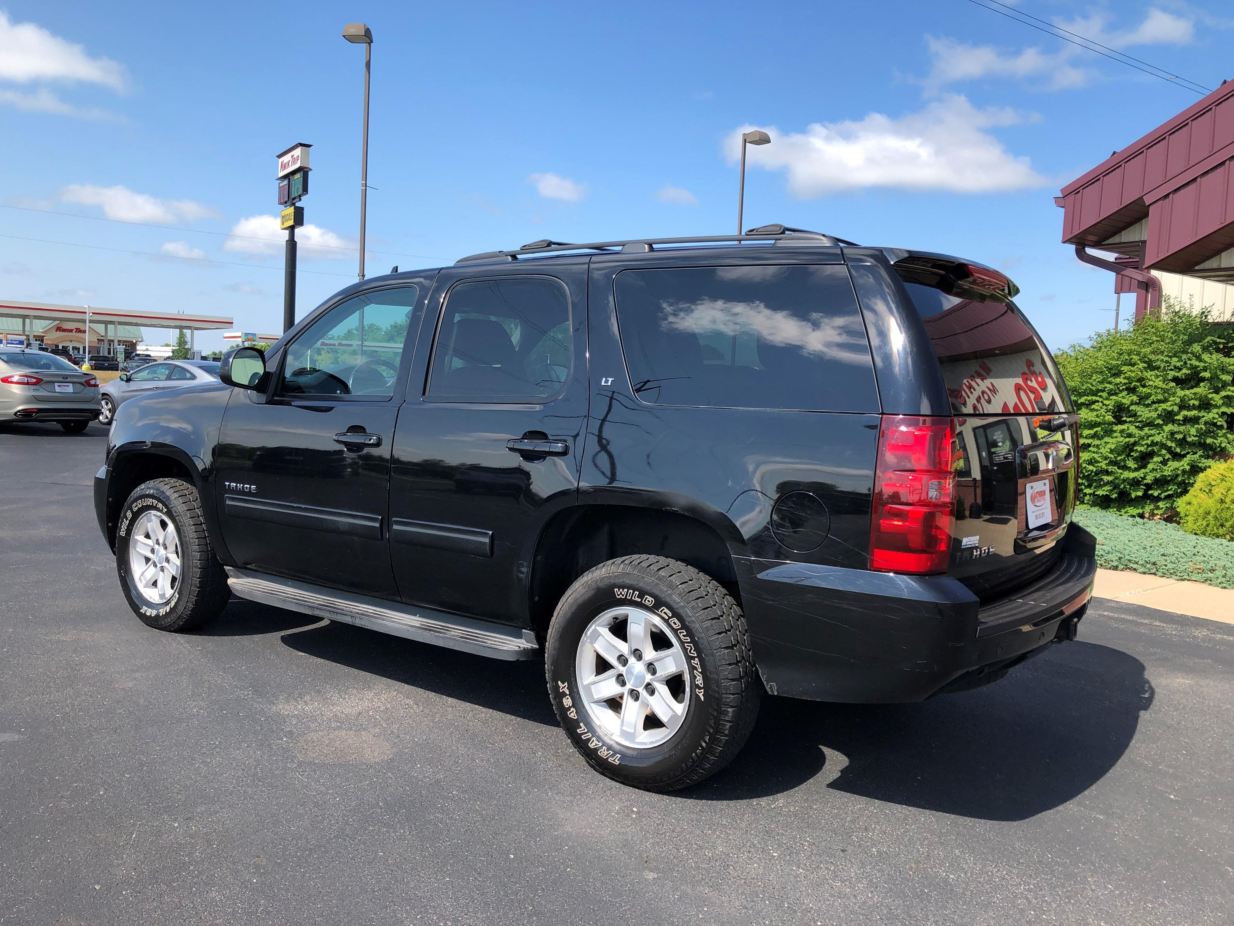 used vehicle - SUV CHEVROLET TAHOE 2011