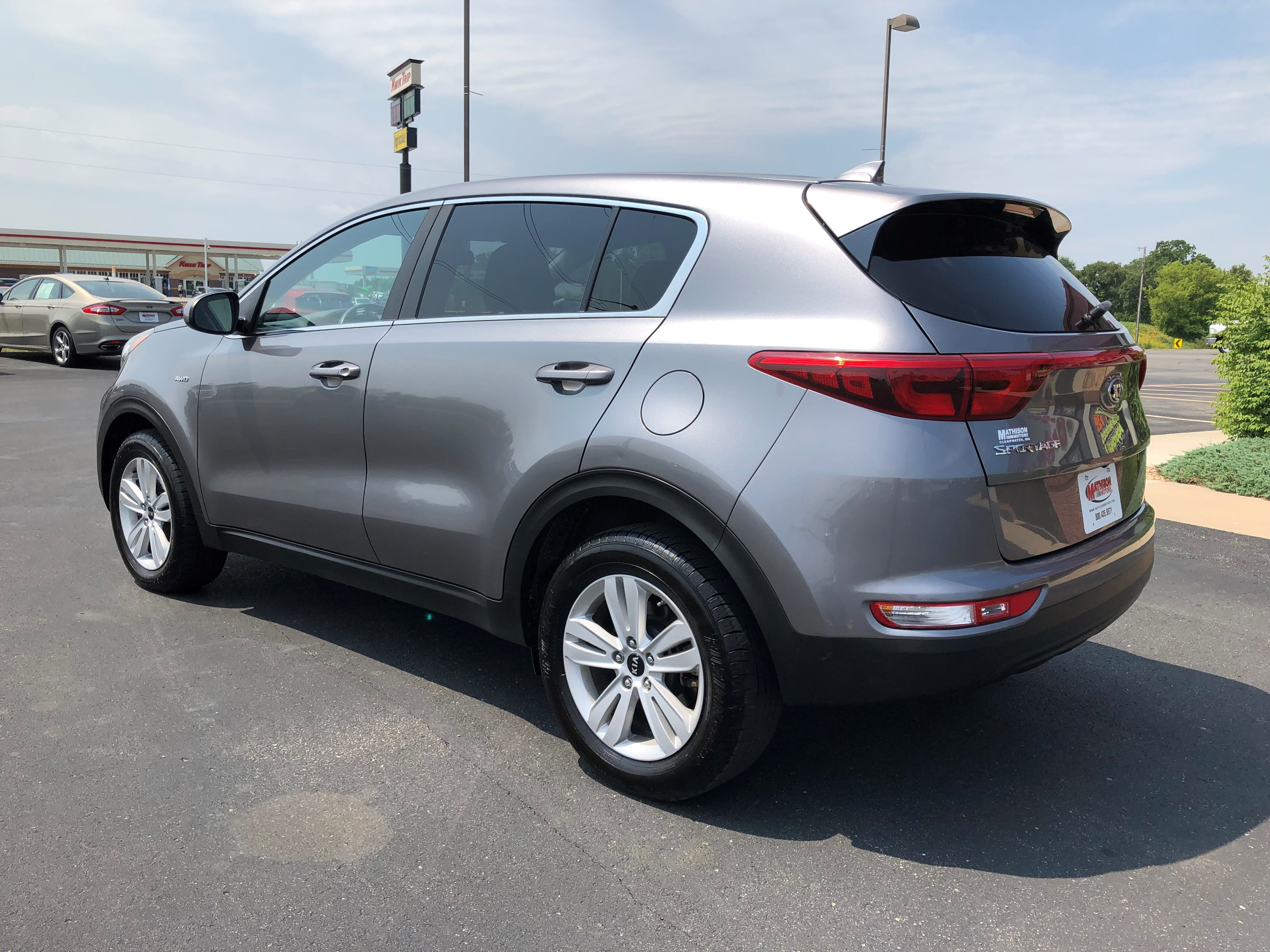 used vehicle - SUV KIA SPORTAGE 2017