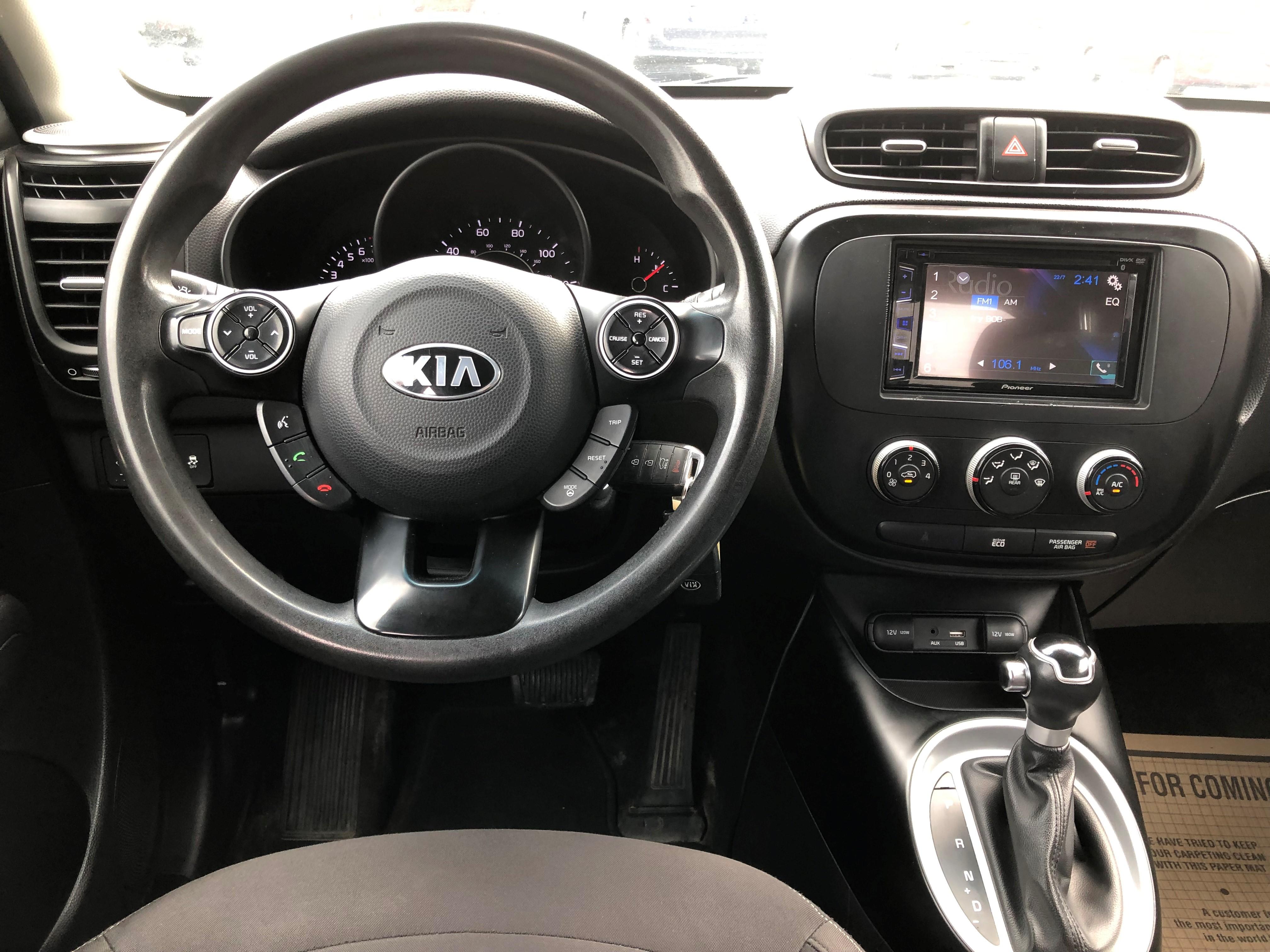used vehicle - Sedan KIA SOUL 2016