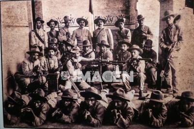 Exponen fotografías históricas