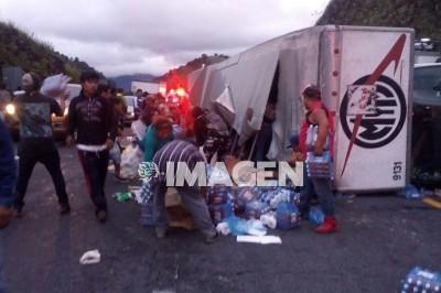 Roban víveres para damnificados en Oaxaca
